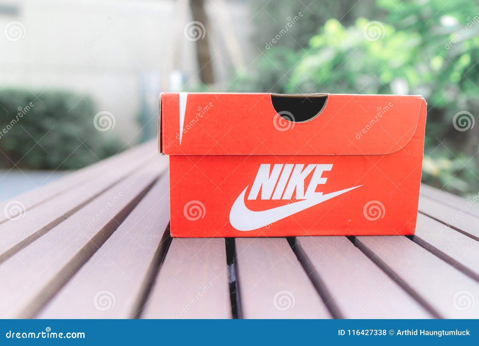 La NikeChaussures Boîte À De Rouge Route iPwZuOkXT