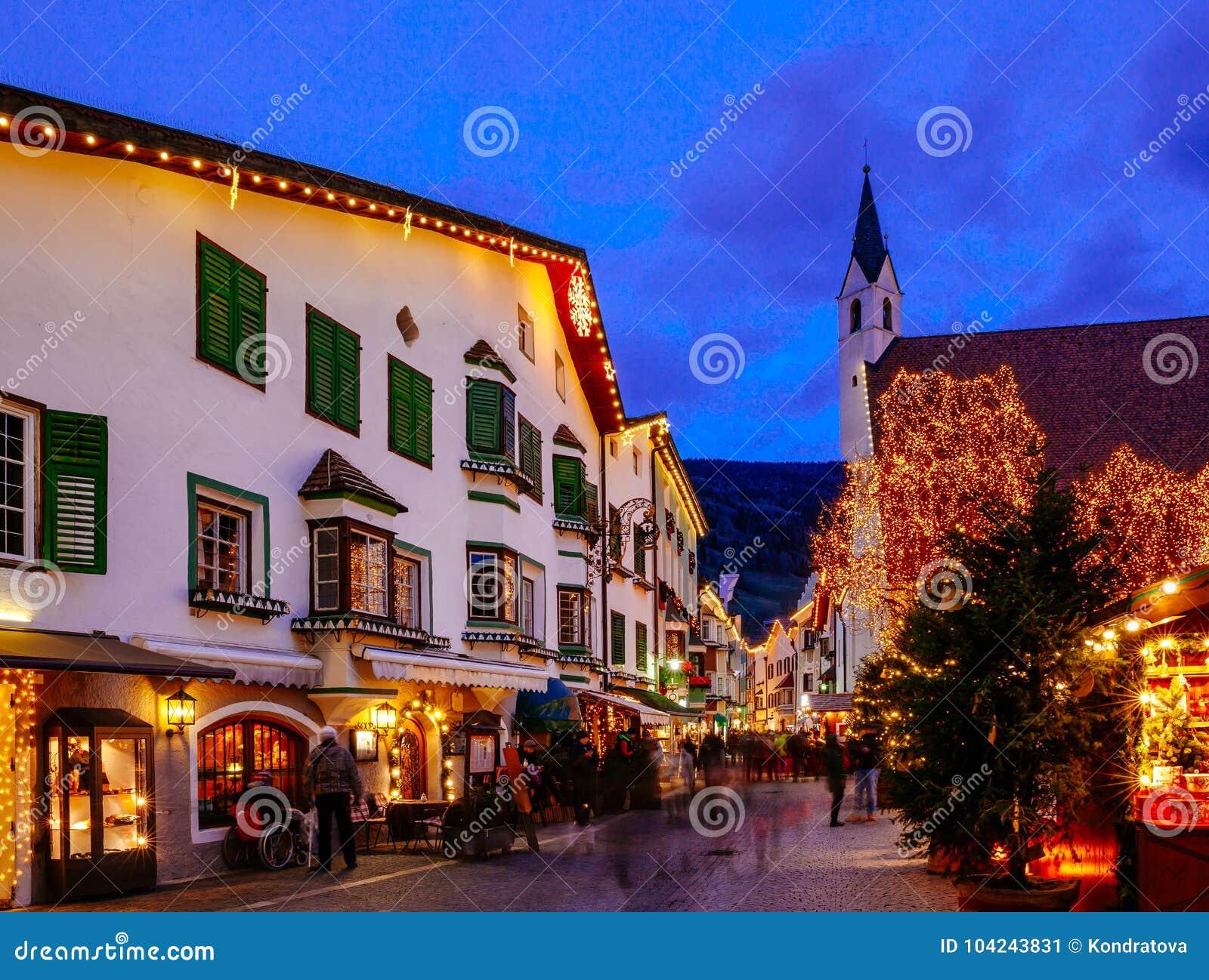 Boże Narodzenie rynek w Vipiteno, Bolzano, Trentino Altowy Adige, Włochy