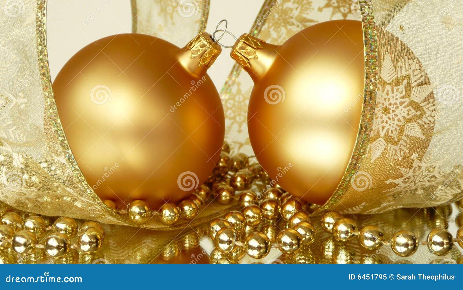 Boże narodzenie złota ornamentów para