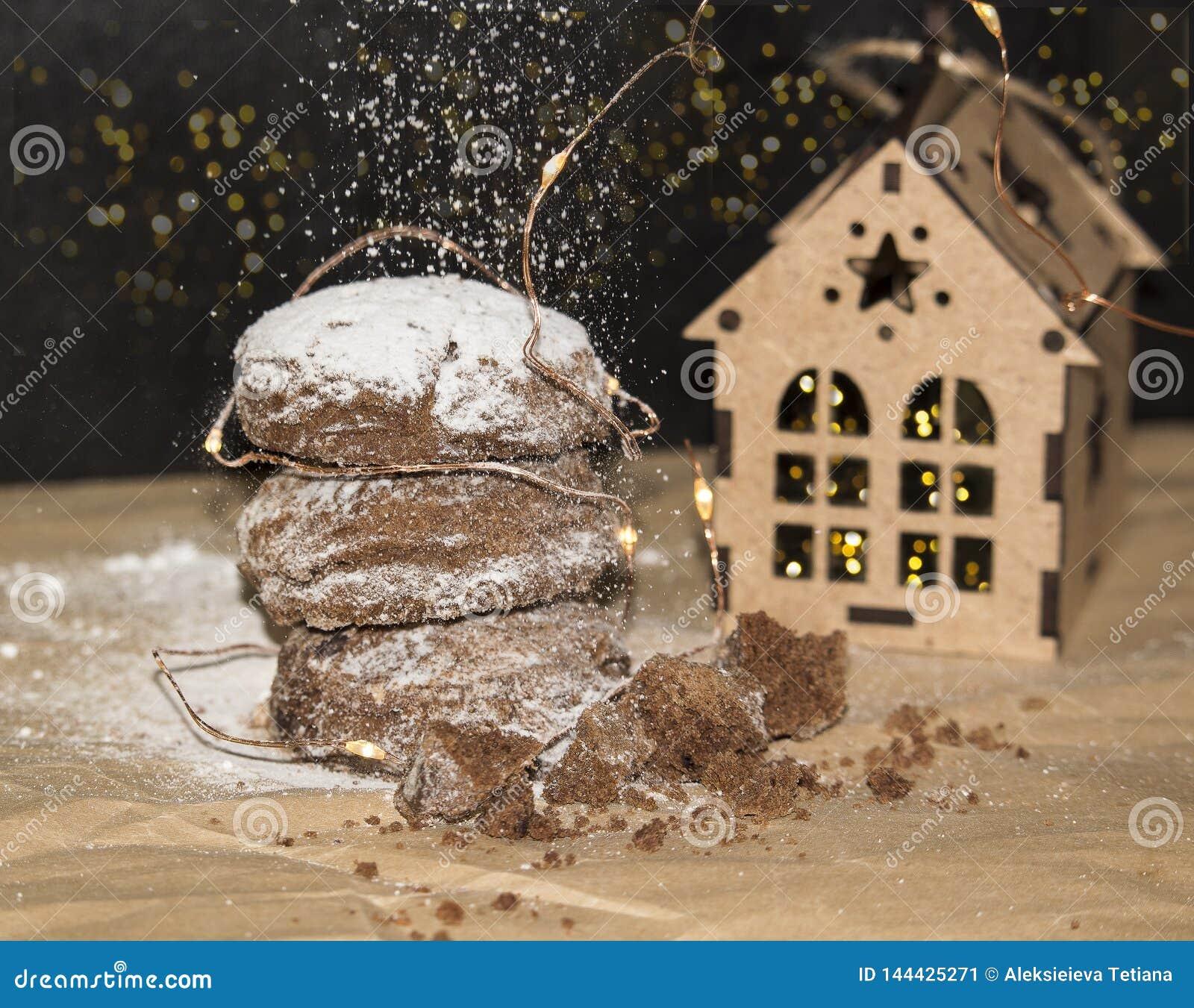 Bożenarodzeniowi Piernikowi ciastka, tradycyjni zima wakacje karmowi