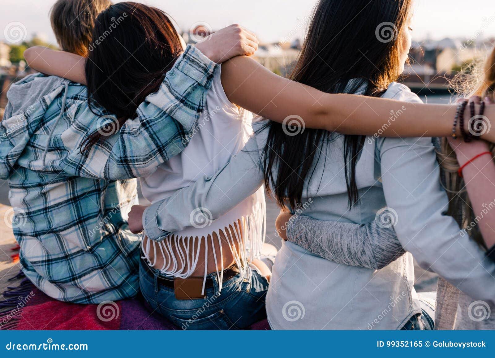 Boa Amizade Passatempo Feliz Fora Imagem de Stock - Imagem de ...
