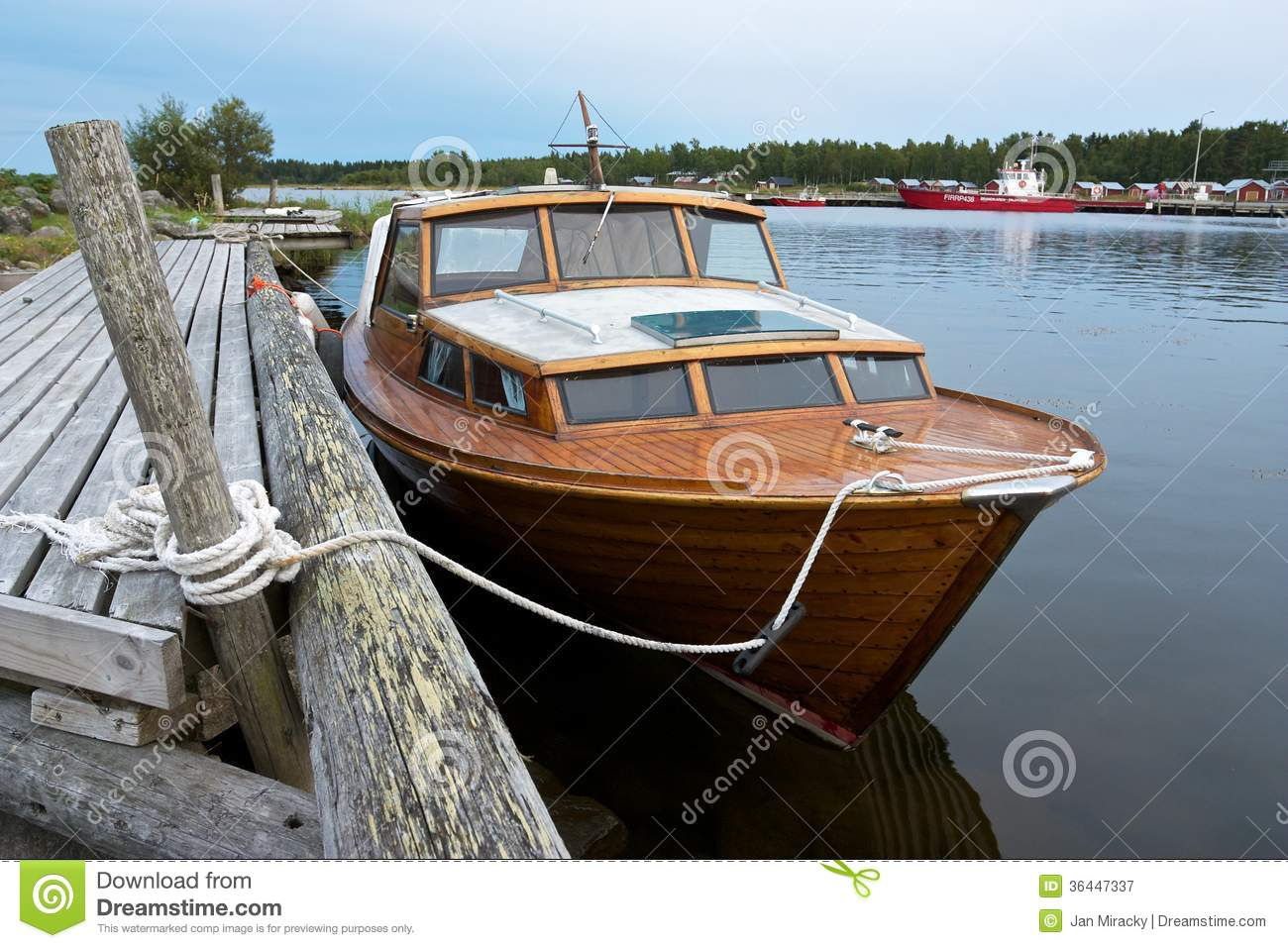 Boat At Anchor In Replot Pier Stock Image - Image: 36447337