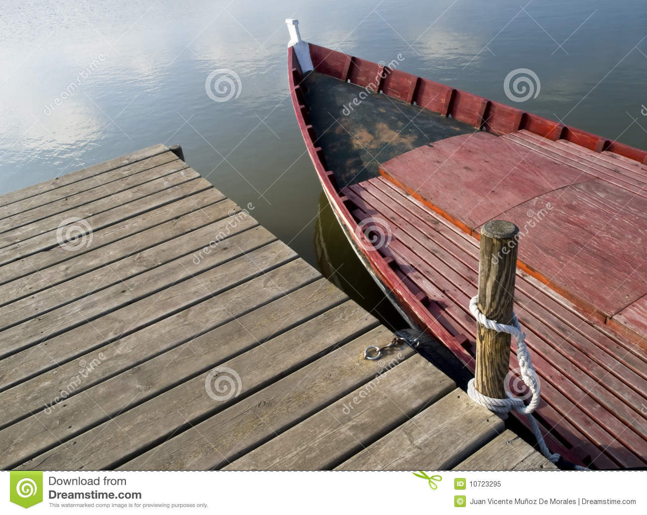 Boat And Dock Royalty Free Stock Photo - Image: 10723295