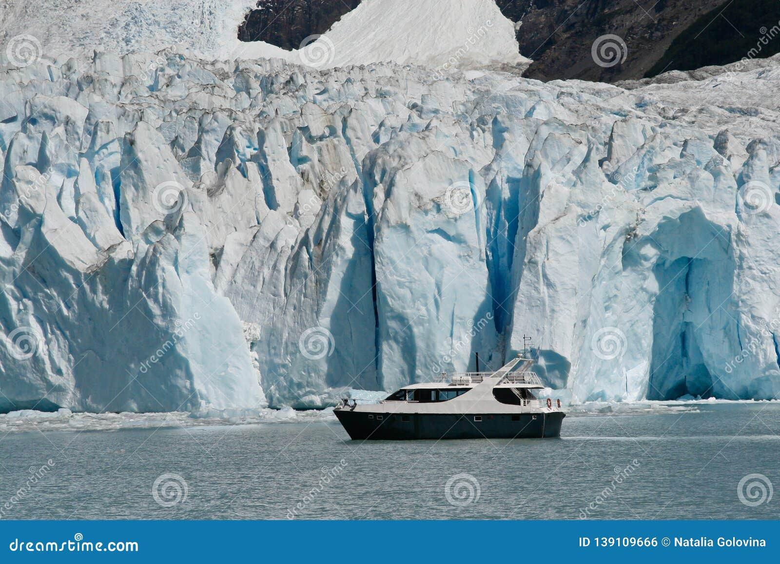 Boat at glacier Perito Moreno in El Calafate, Patagonia, Argentina