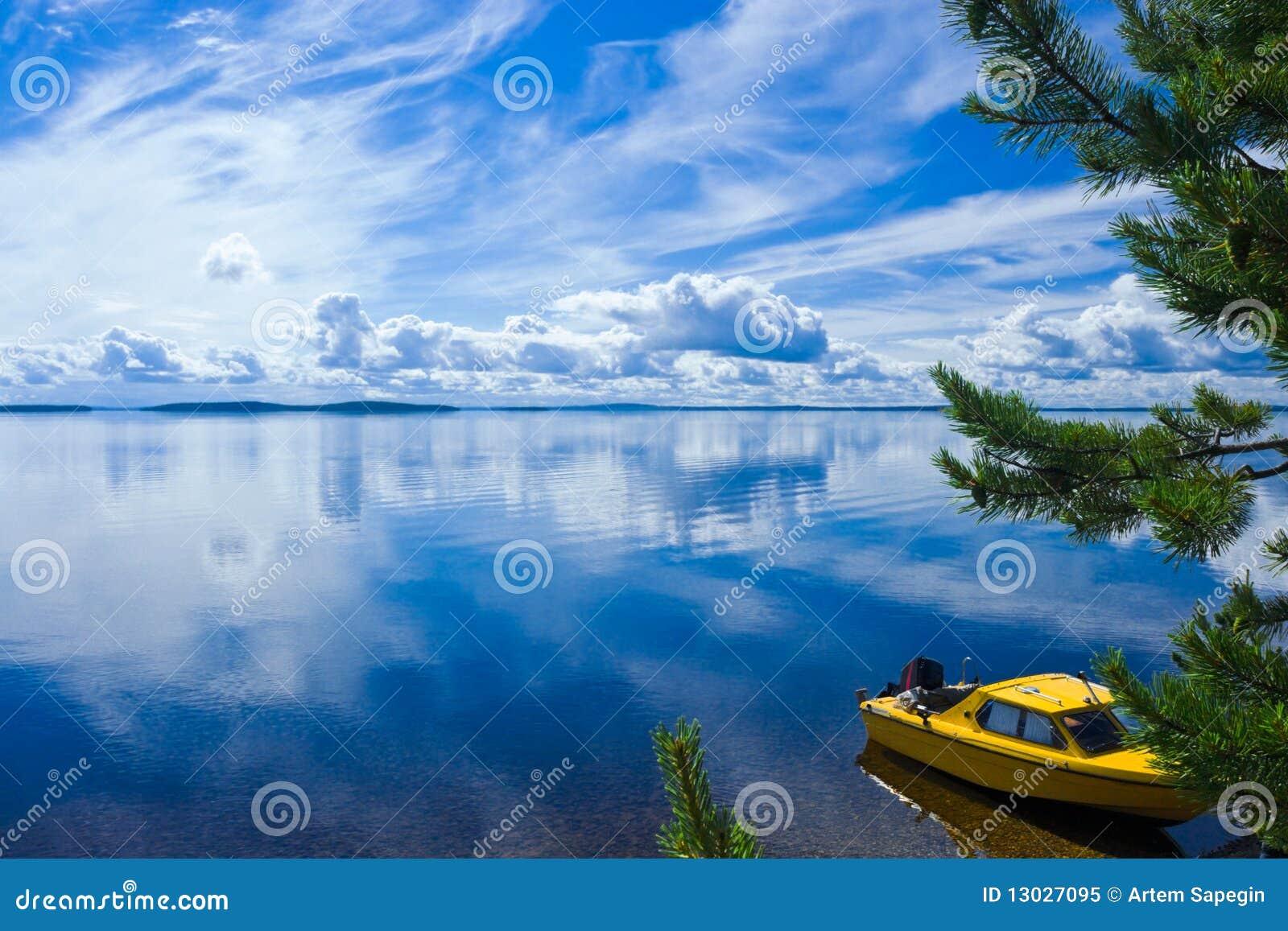 Boat On Lake Shore Royalty Free Stock Photo Image 13027095
