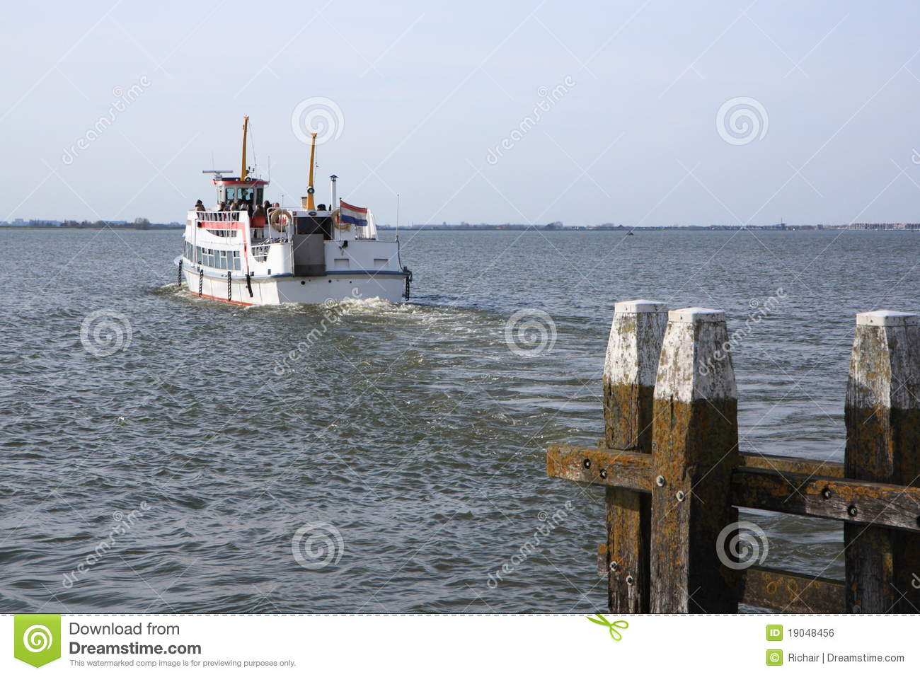 Boat Leaving Port Royalty Free Stock Image - Image: 19048456
