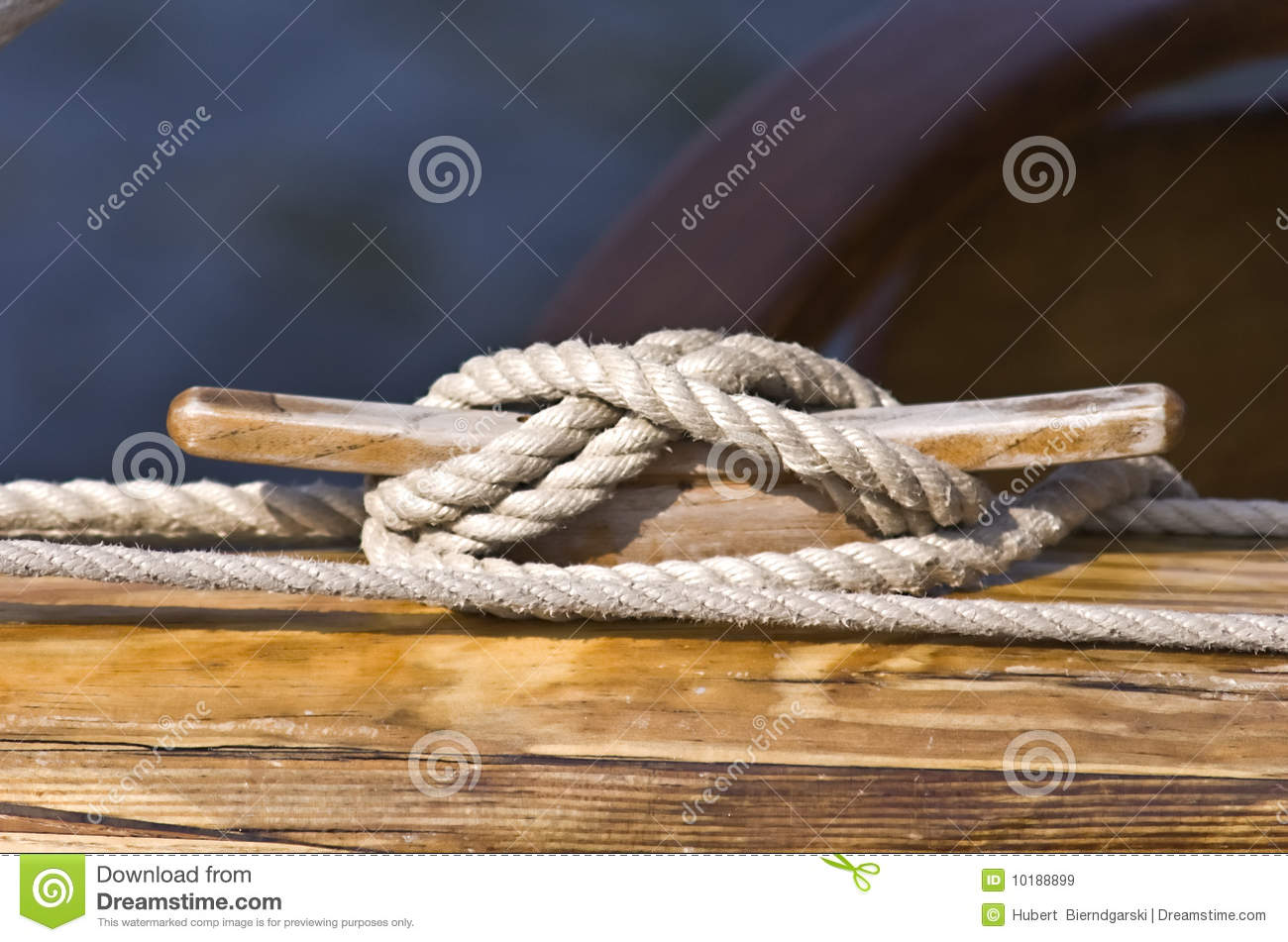 boat line tie down royalty free stock images