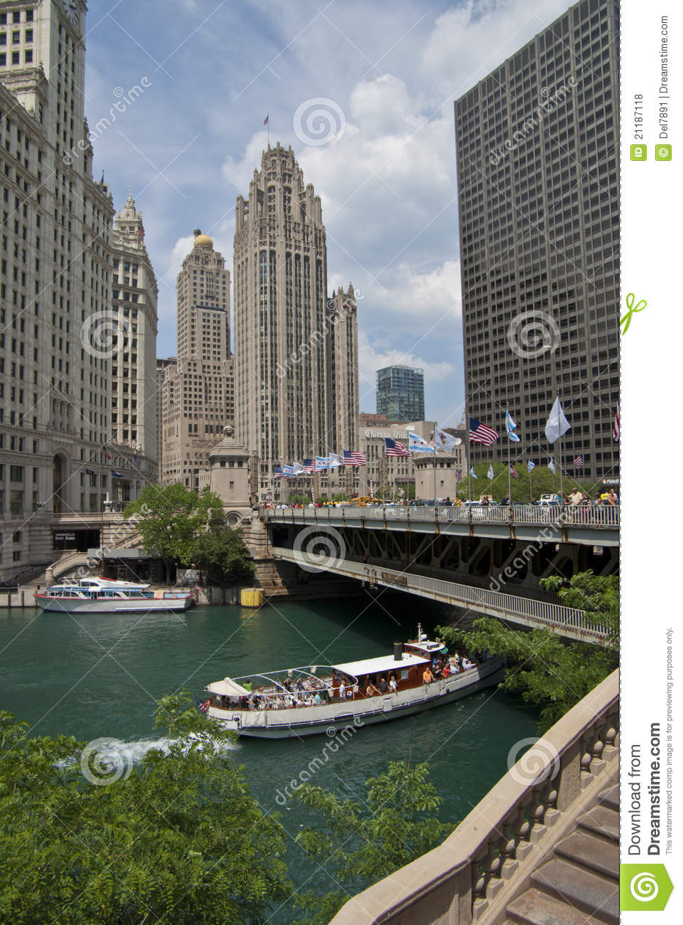 Boat Ride on the Chicago River