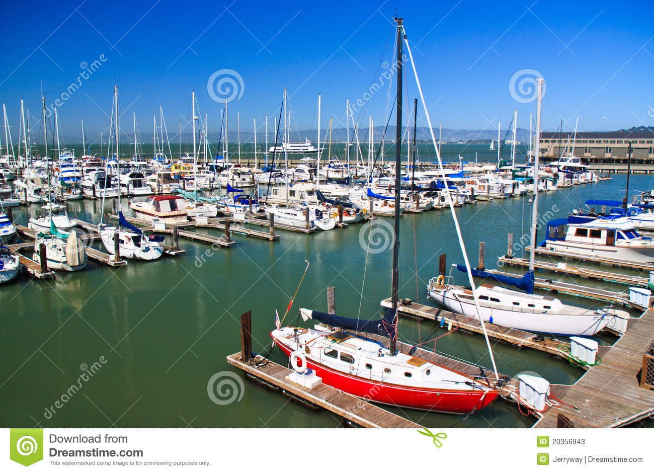 Boats at fisherman 39 s wharf san francisco stock photos for Fishing store san francisco