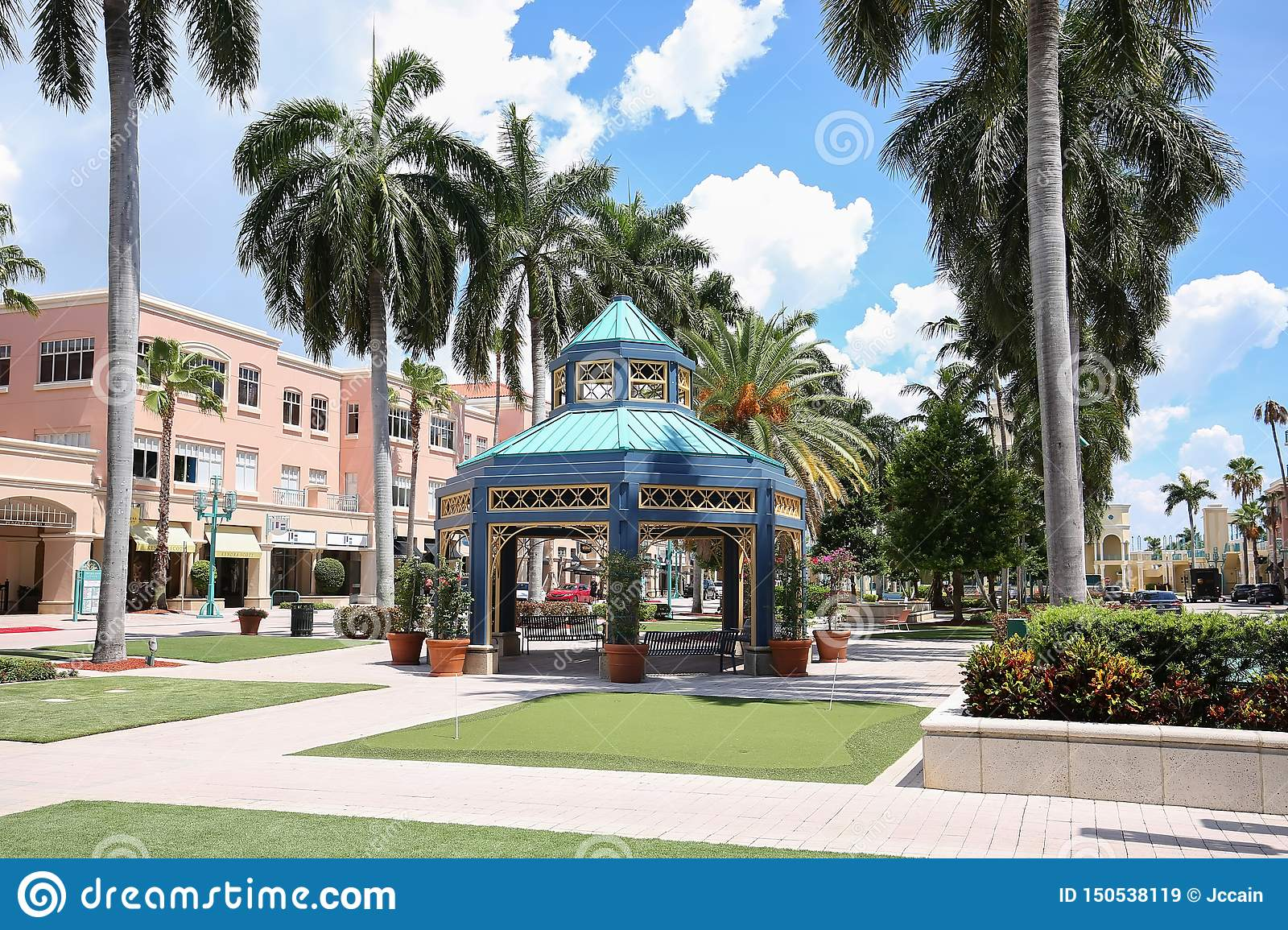 Boca Raton Shopping >> Mizner Park Mall Editorial Stock Image Image Of Laid