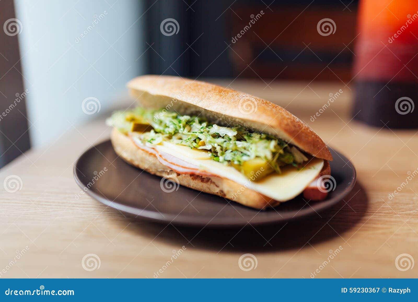 Download Bocadillo imagen de archivo. Imagen de cocina, nutrición - 59230367