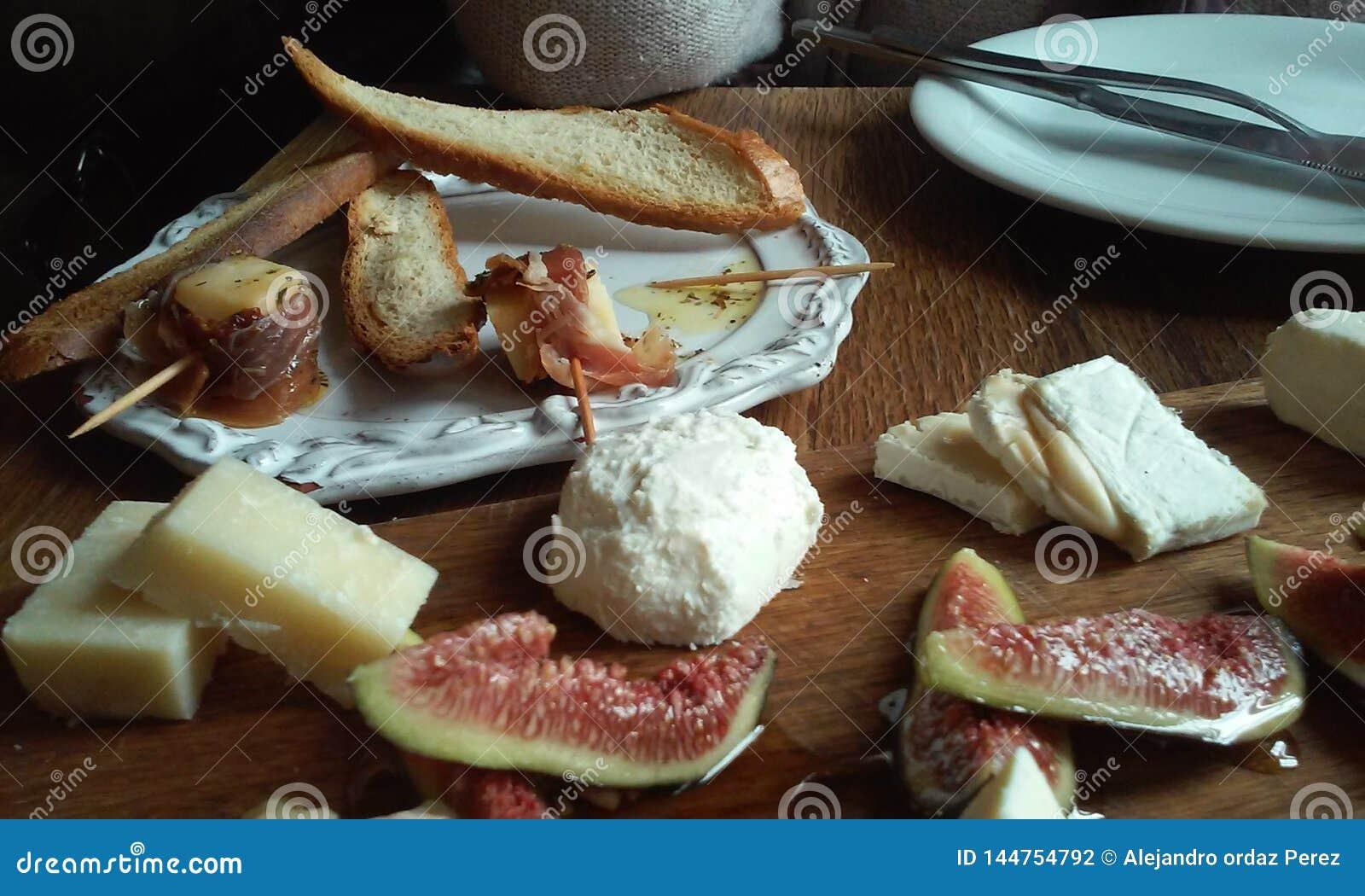 Bodegon de fromage