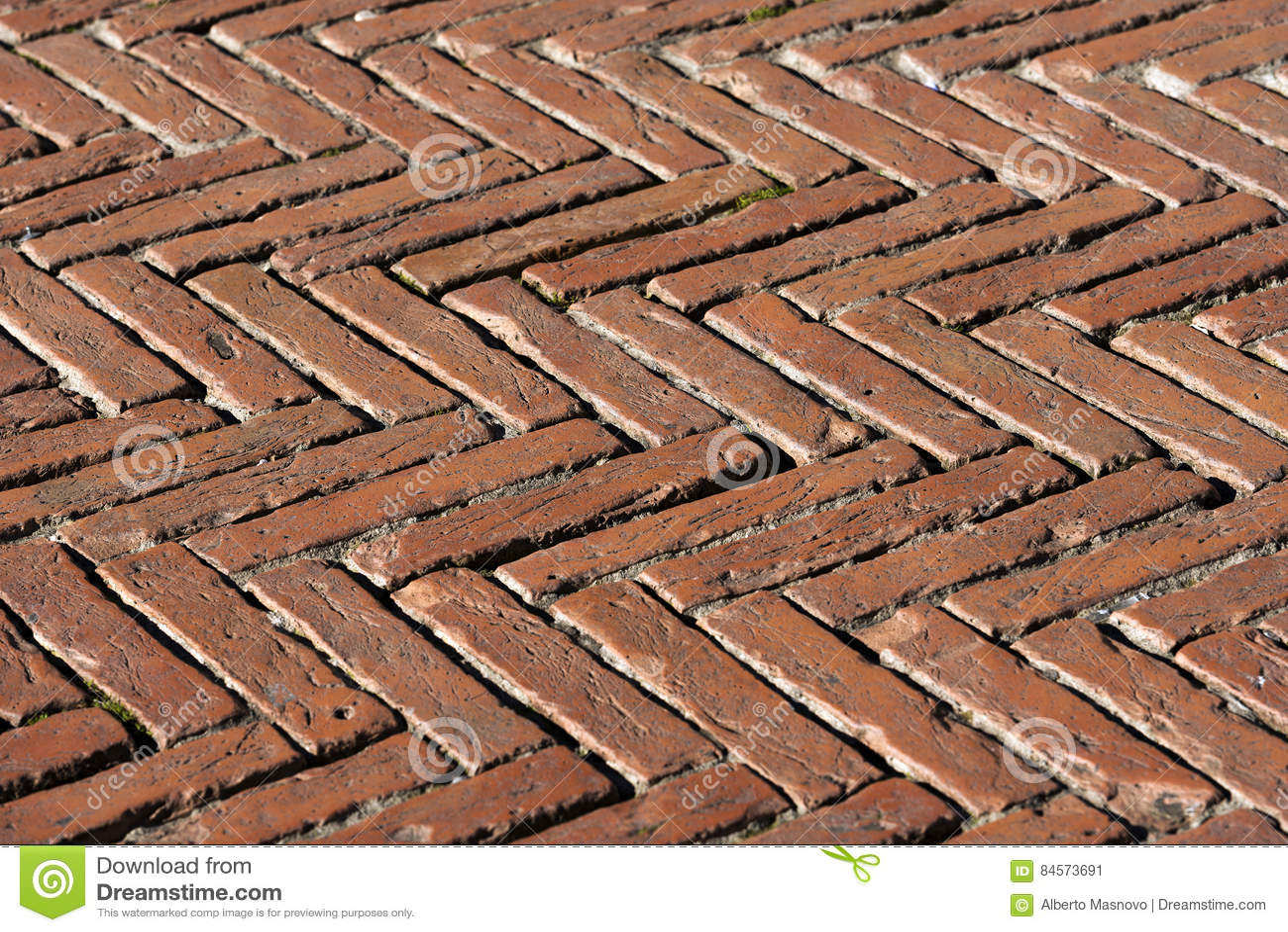 Fußboden Aus Ziegelsteinen ~ Bodenbelag mit alten ziegelsteinen siena italy stockbild bild