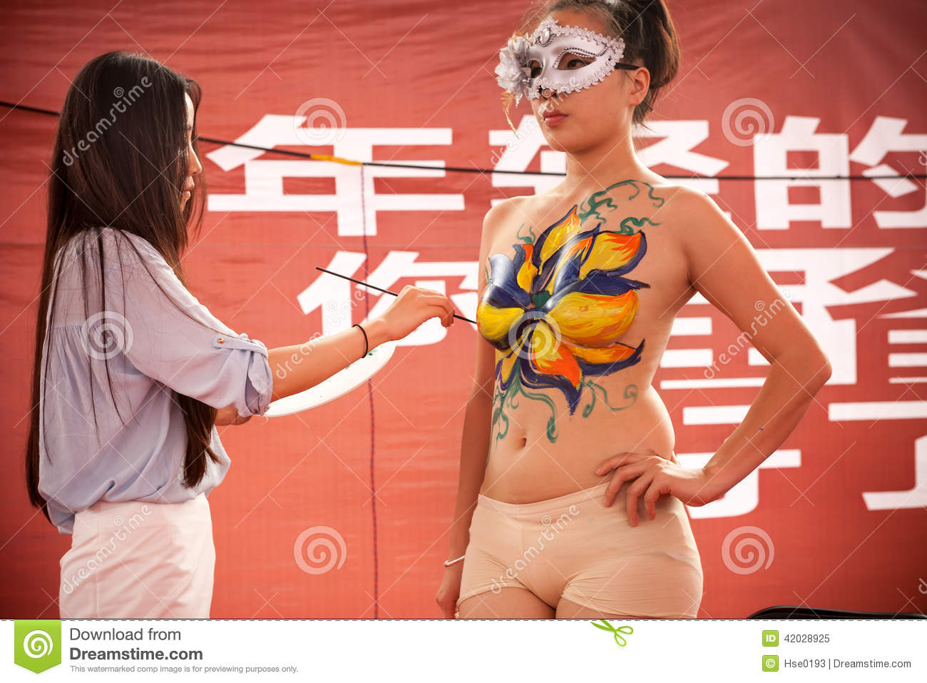 Body Painting Show >> Body Painting Show Editorial Image Image Of Girl Paint 42028925