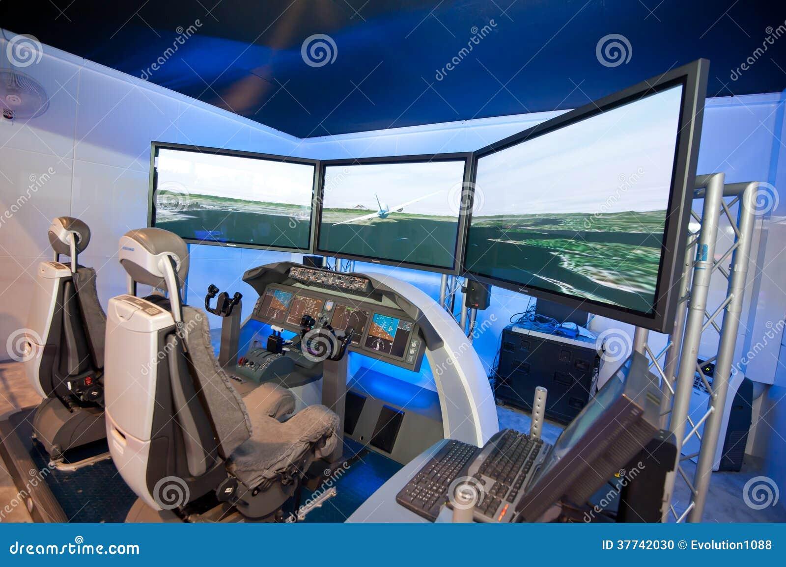 Boeing 787 Dreamliner Flight Simulator At Singapore Airshow 2014