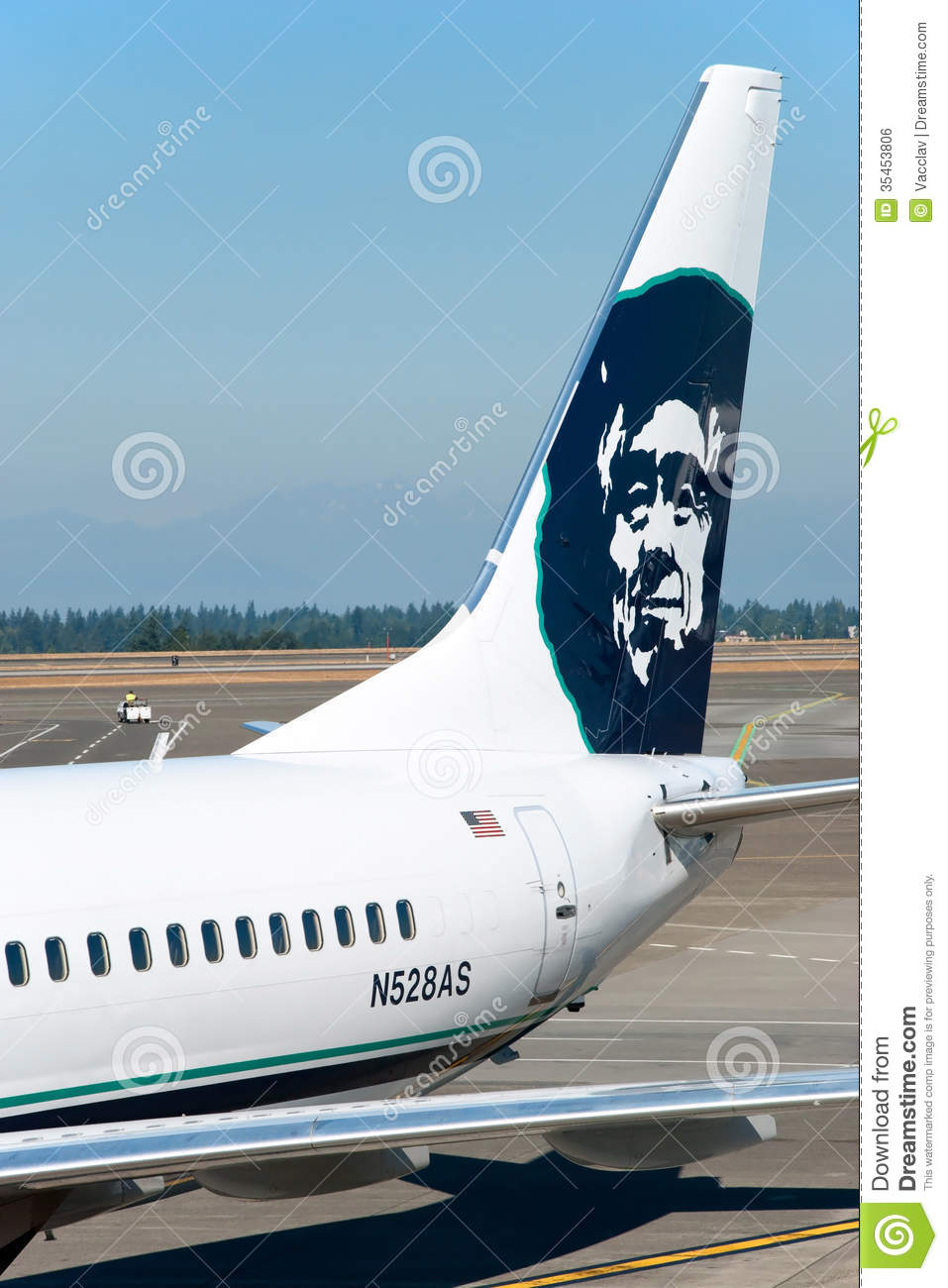Boeing Alaska Airlines Ready To Boarding In Seattle Tacoma