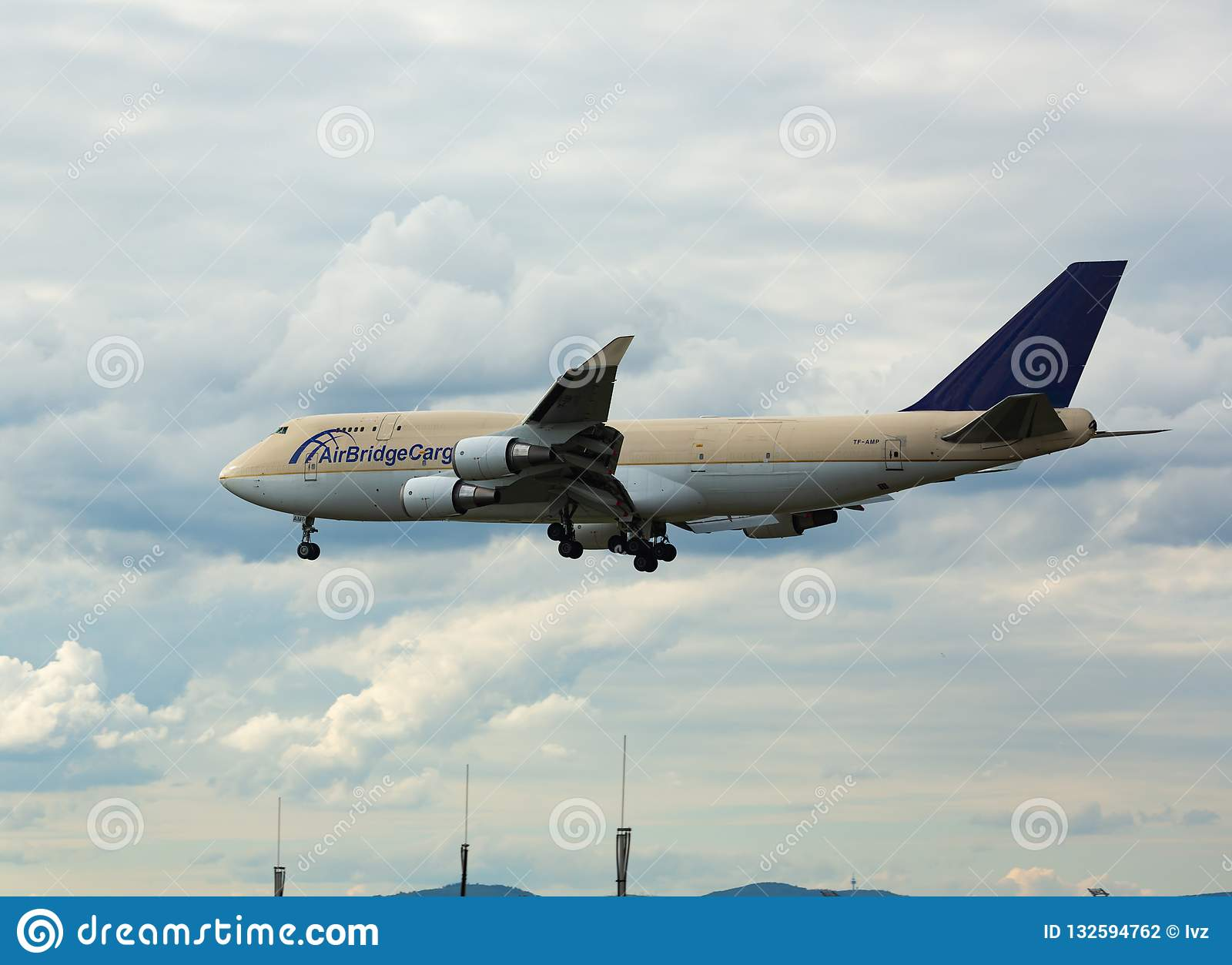 Boeing 747 Approach And Landing Editorial Photography