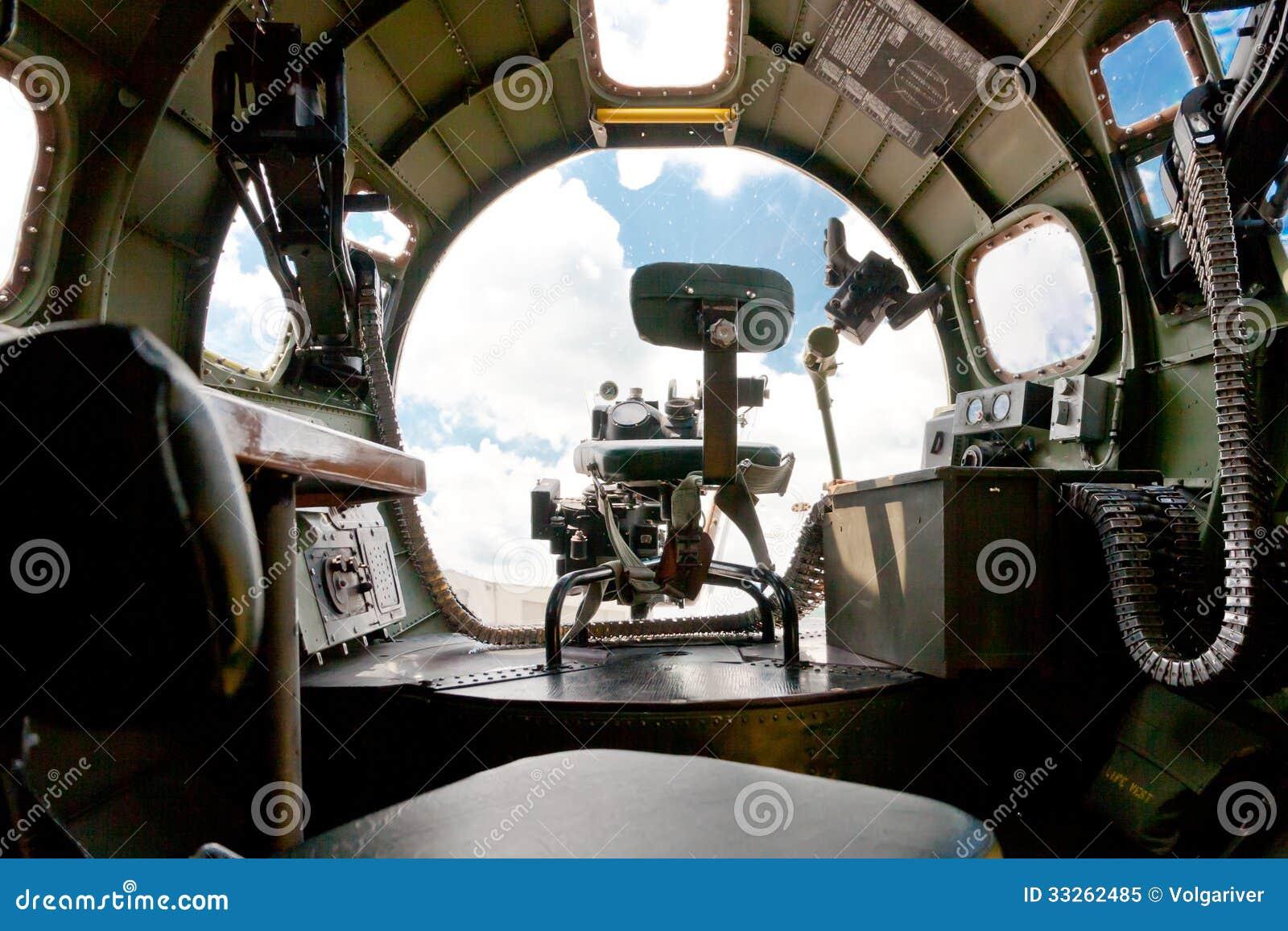 Boeing b 17 bommenwerper binnenmening van neusluifel en for M l motors in lexington