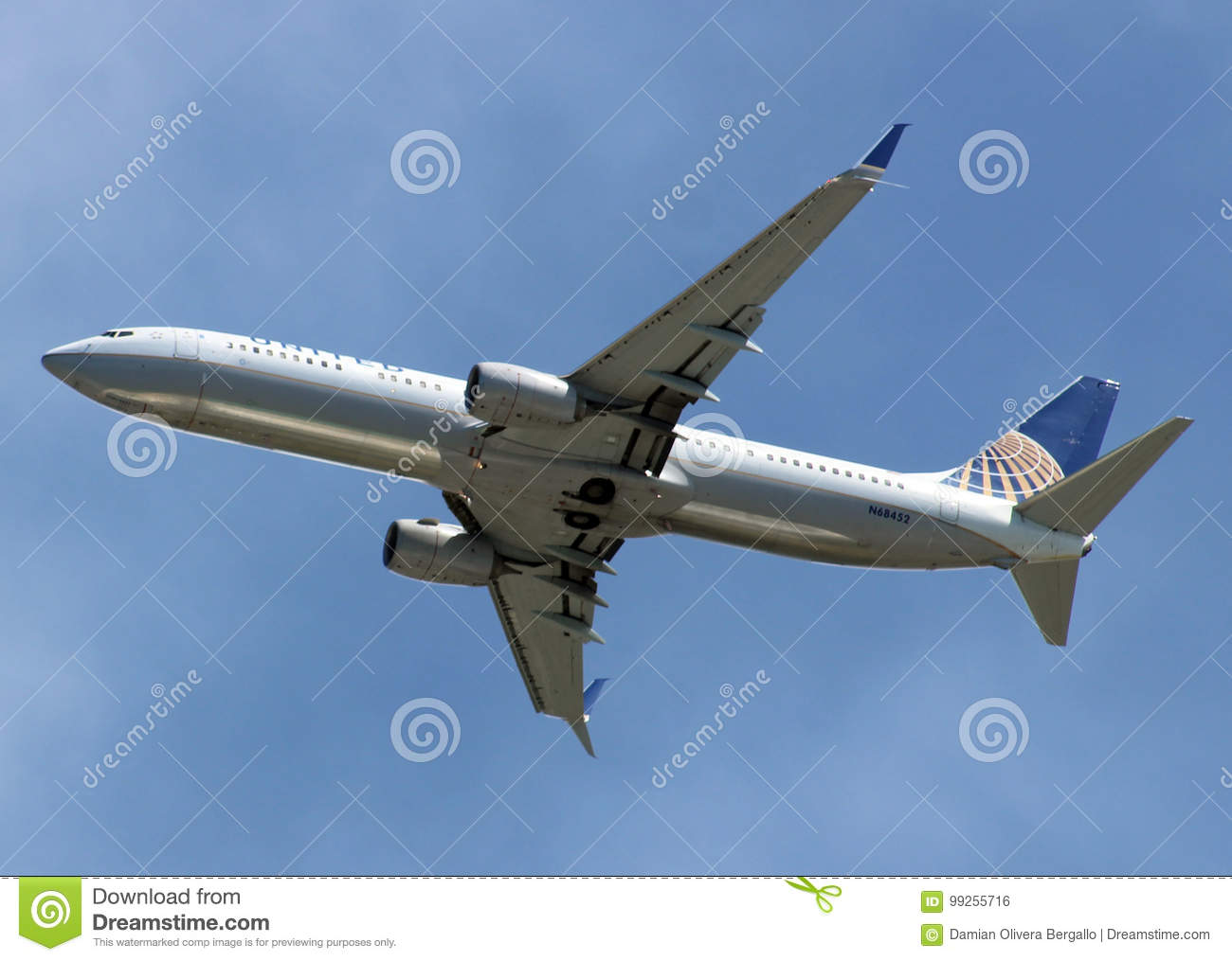 Boeing 737 800 United Airlines Editorial Photo Image Of