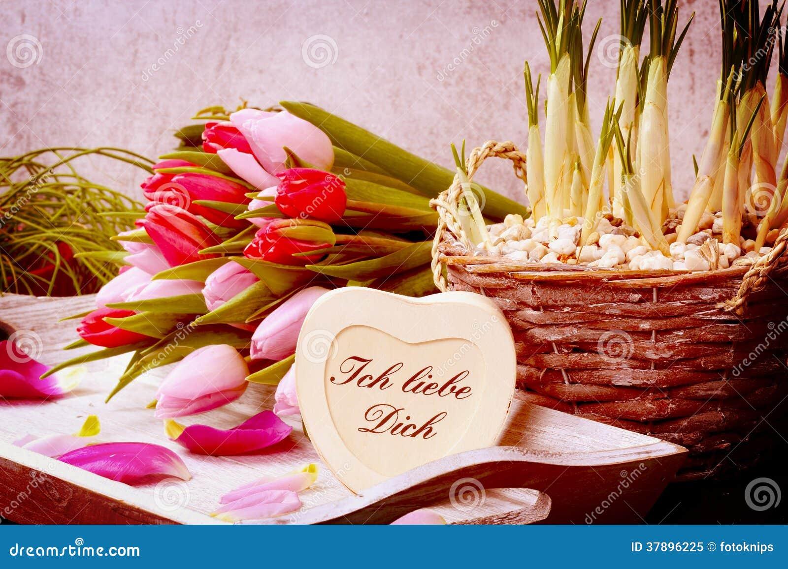 Boeket van tulpen en hart
