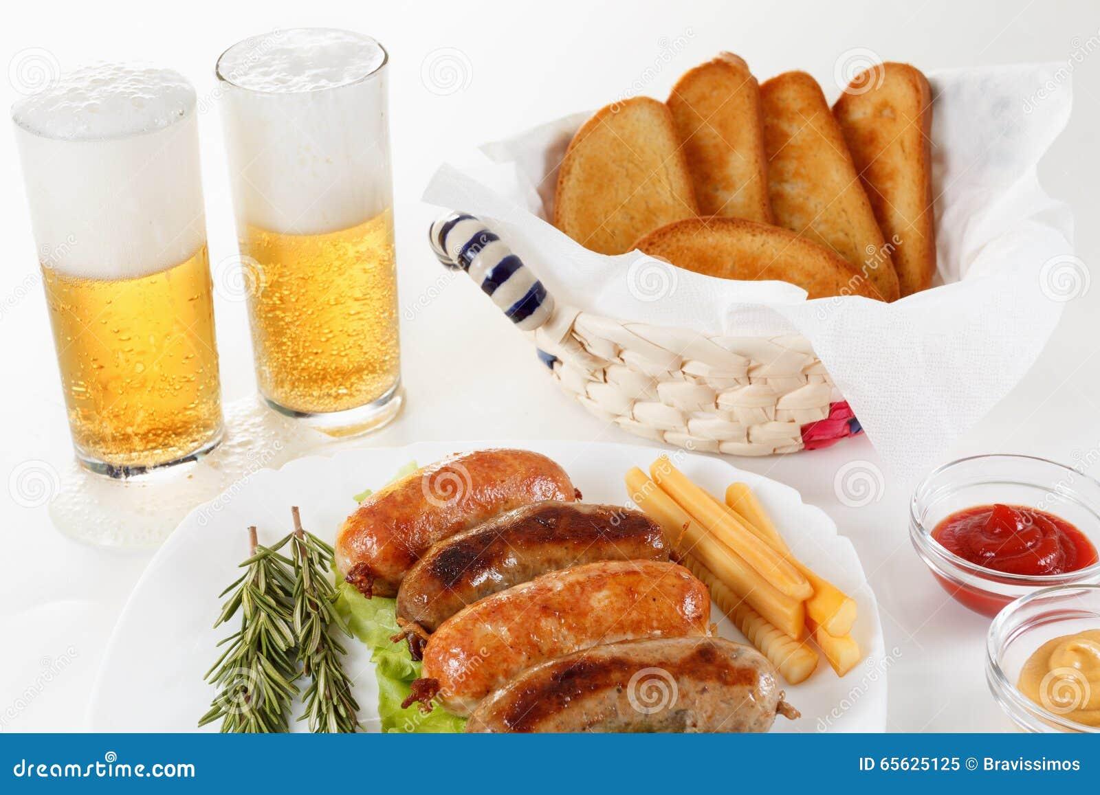 Boeuf de rôti ou saucisse de poulet d un plat