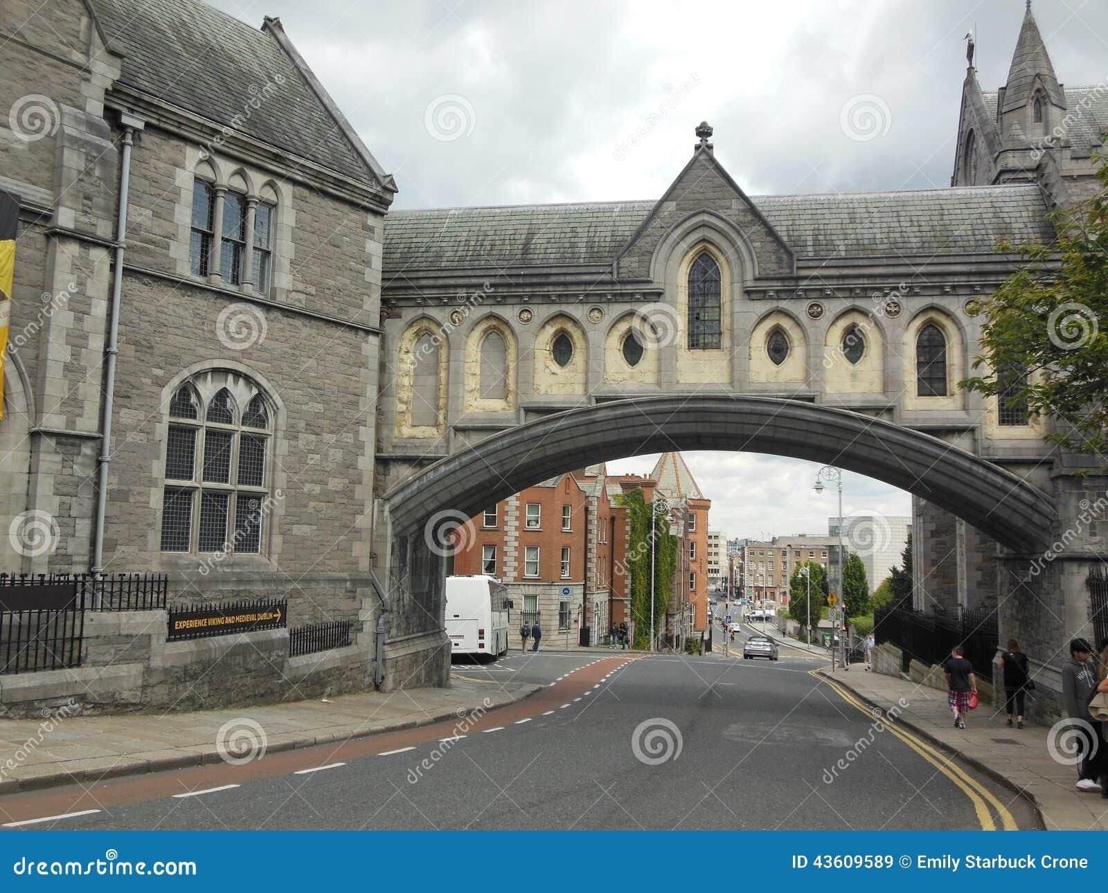 Bogen in Dublin, Irland
