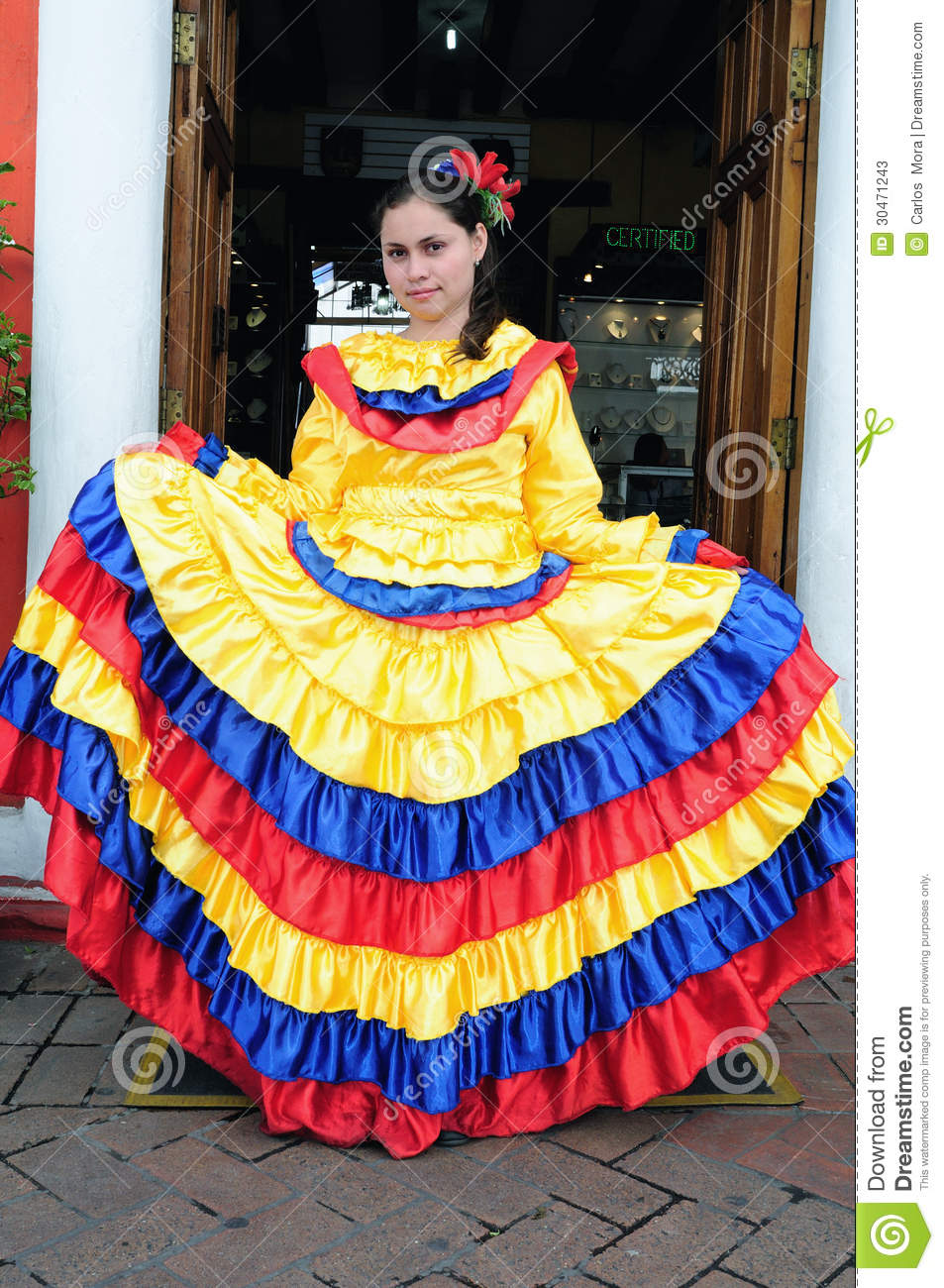 Coloring Pictures Of Traditional Colombian Clothes 34