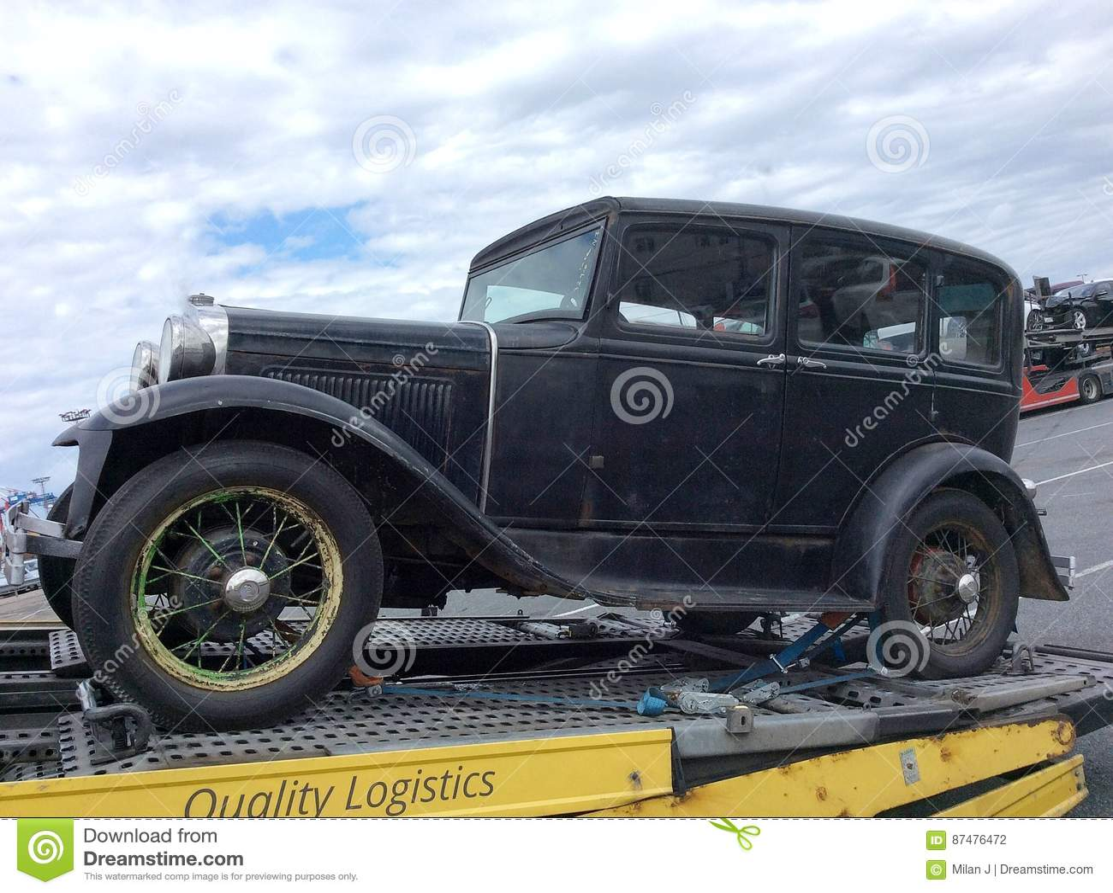 Bogsera en gammal bil