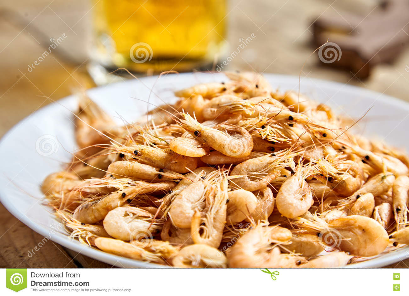 Shrimp boiled - an easy and tasty snack