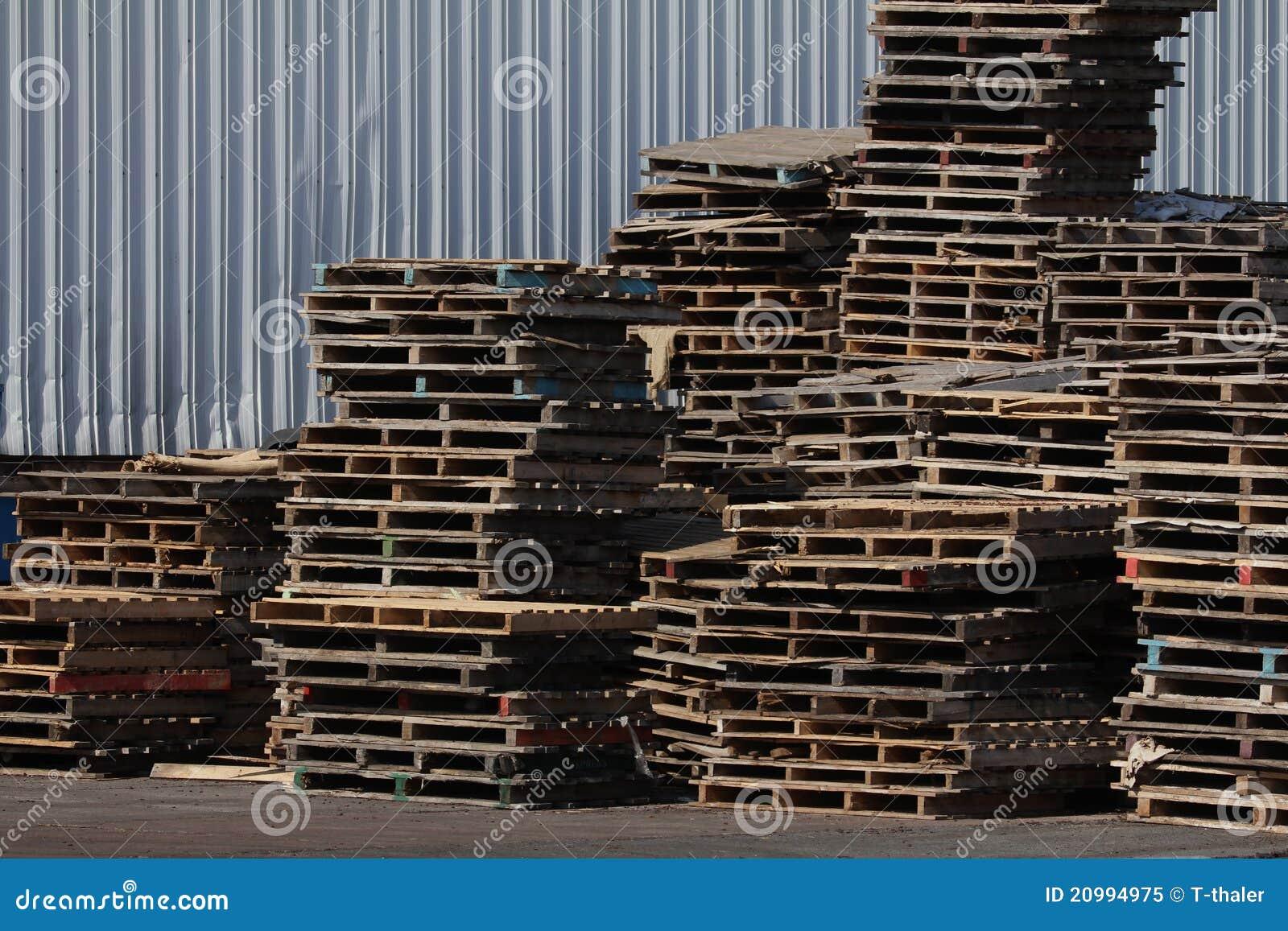 Bois de construction i de palette d 39 industrie photo libre de droits ima - Construction palette ...