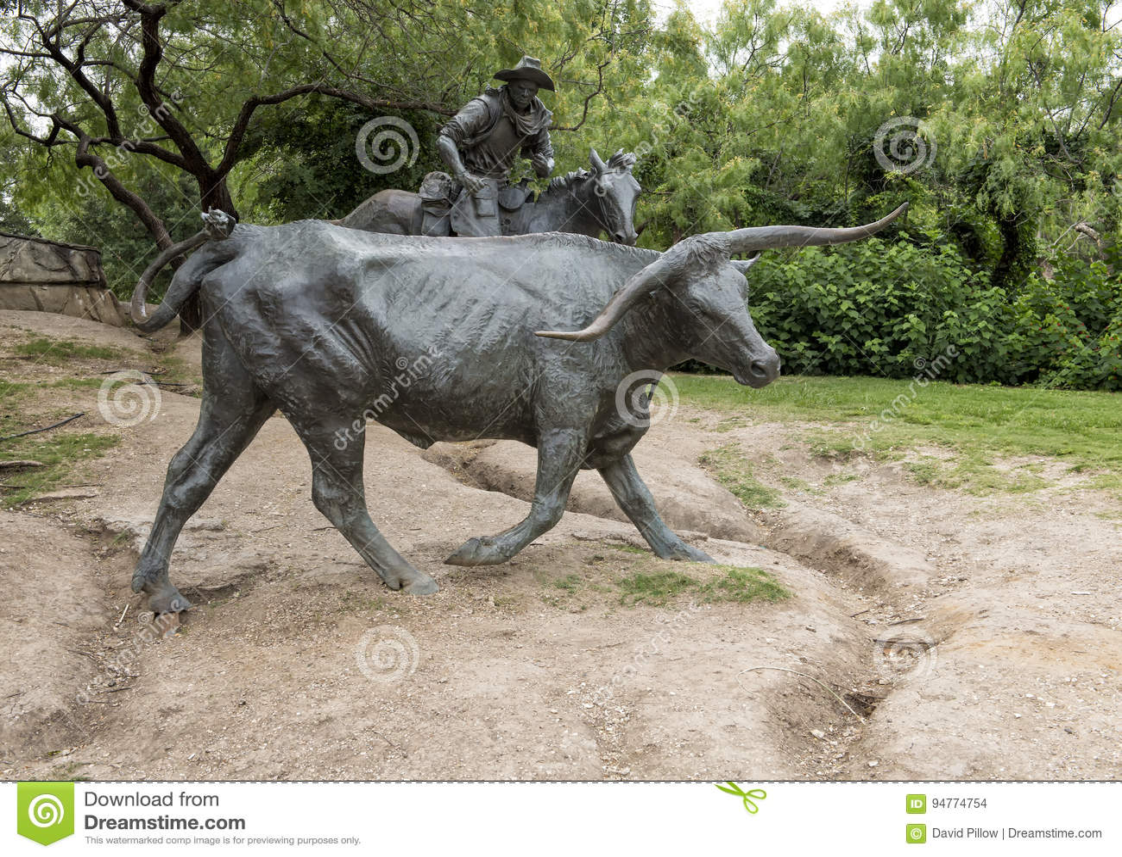 Bois do bronze e vaqueiro Sculpture Pioneer Plaza, Dallas