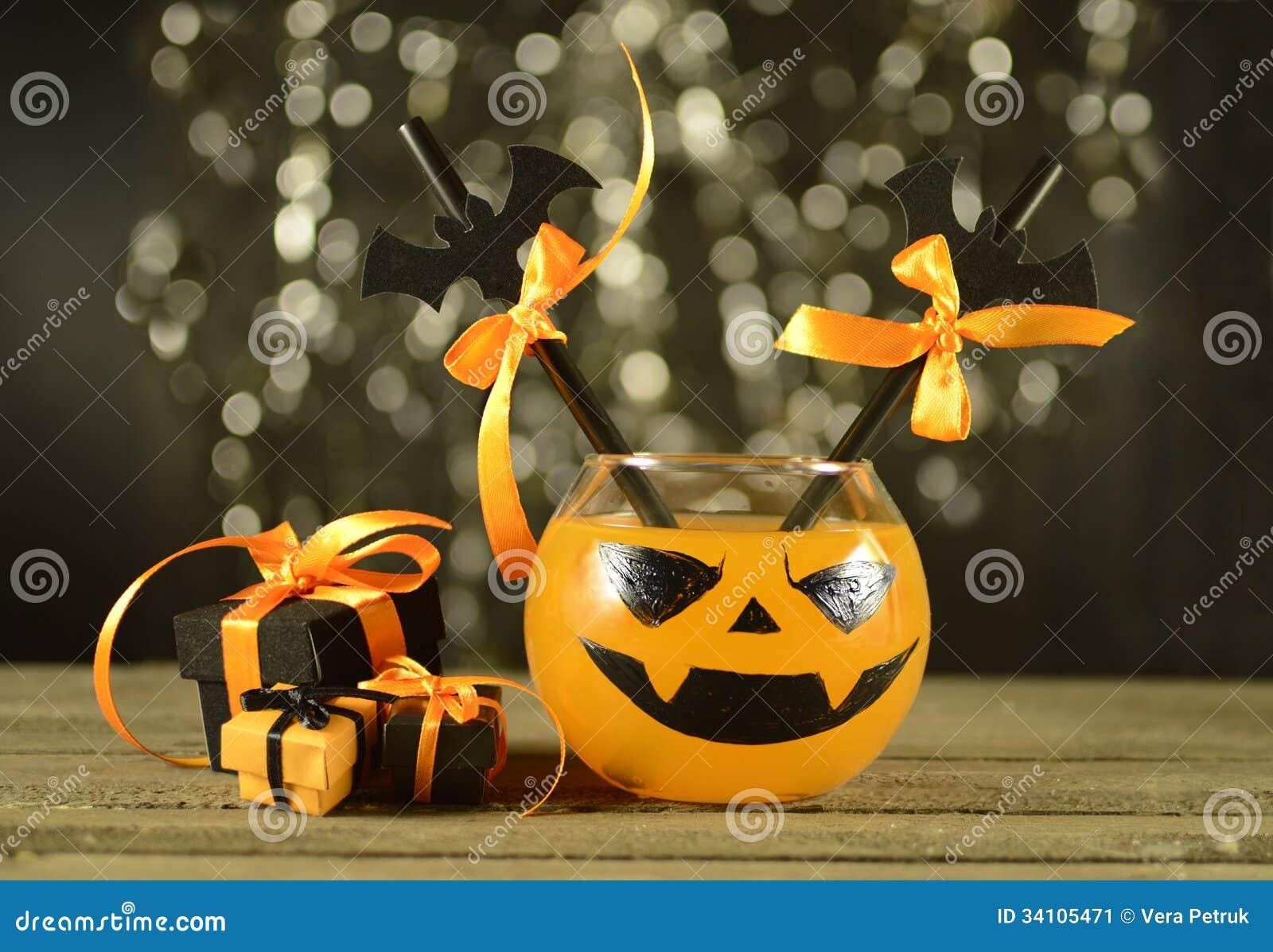 Boisson de Halloween avec des cadeaux