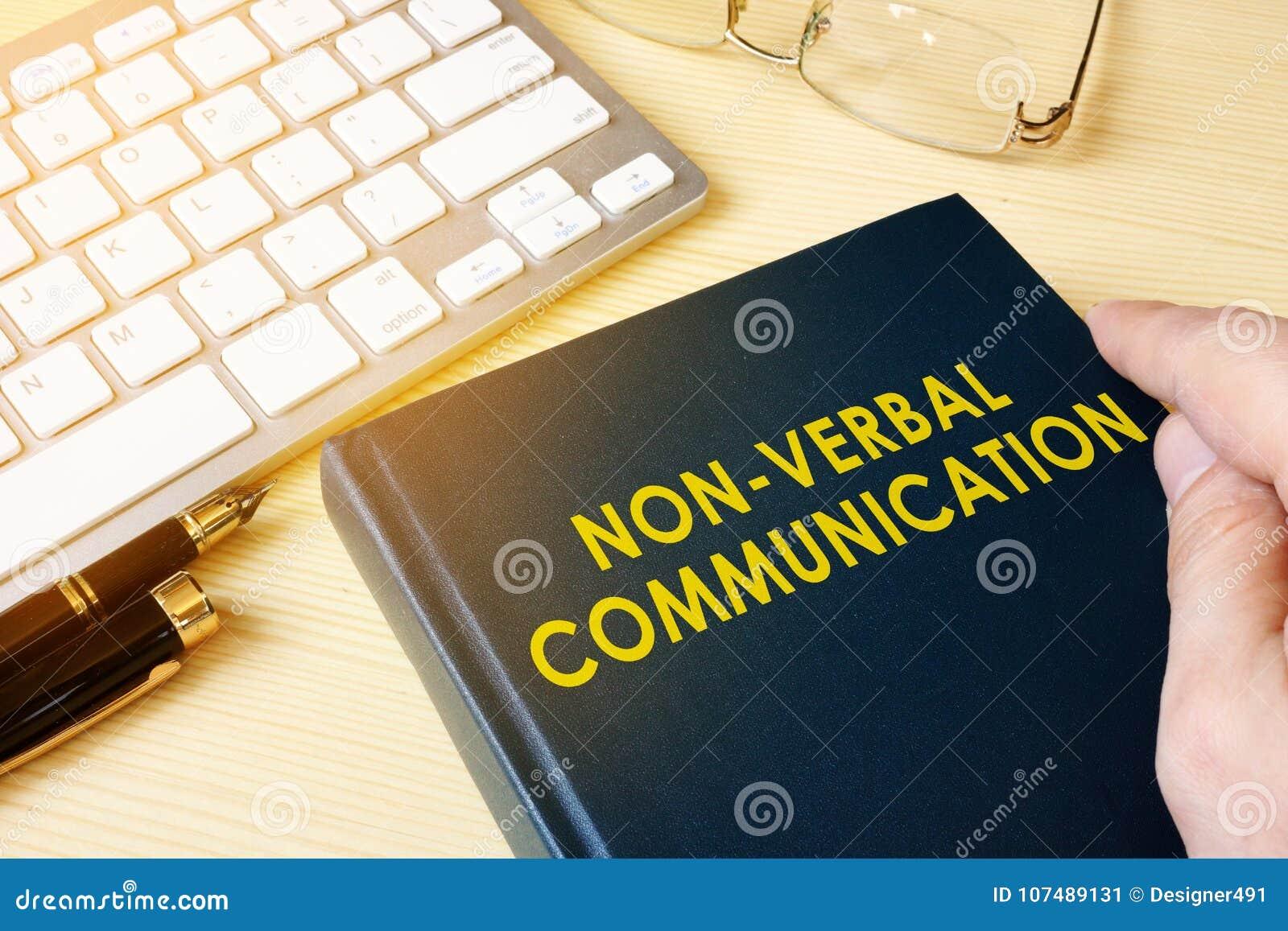 Bok om Icke-muntlig kommunikation för NVC