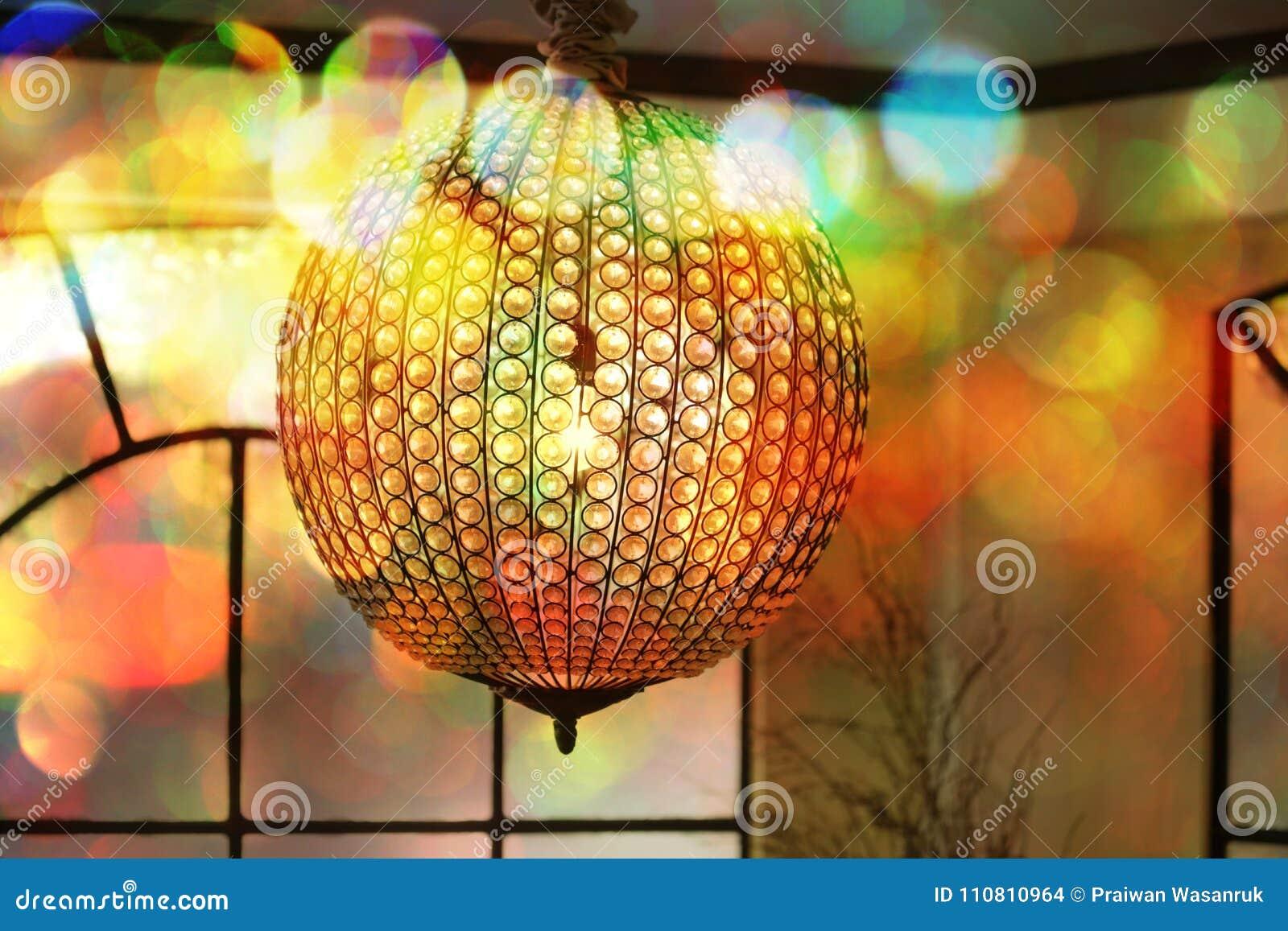 Bokeh con una lámpara de la bola de cristal