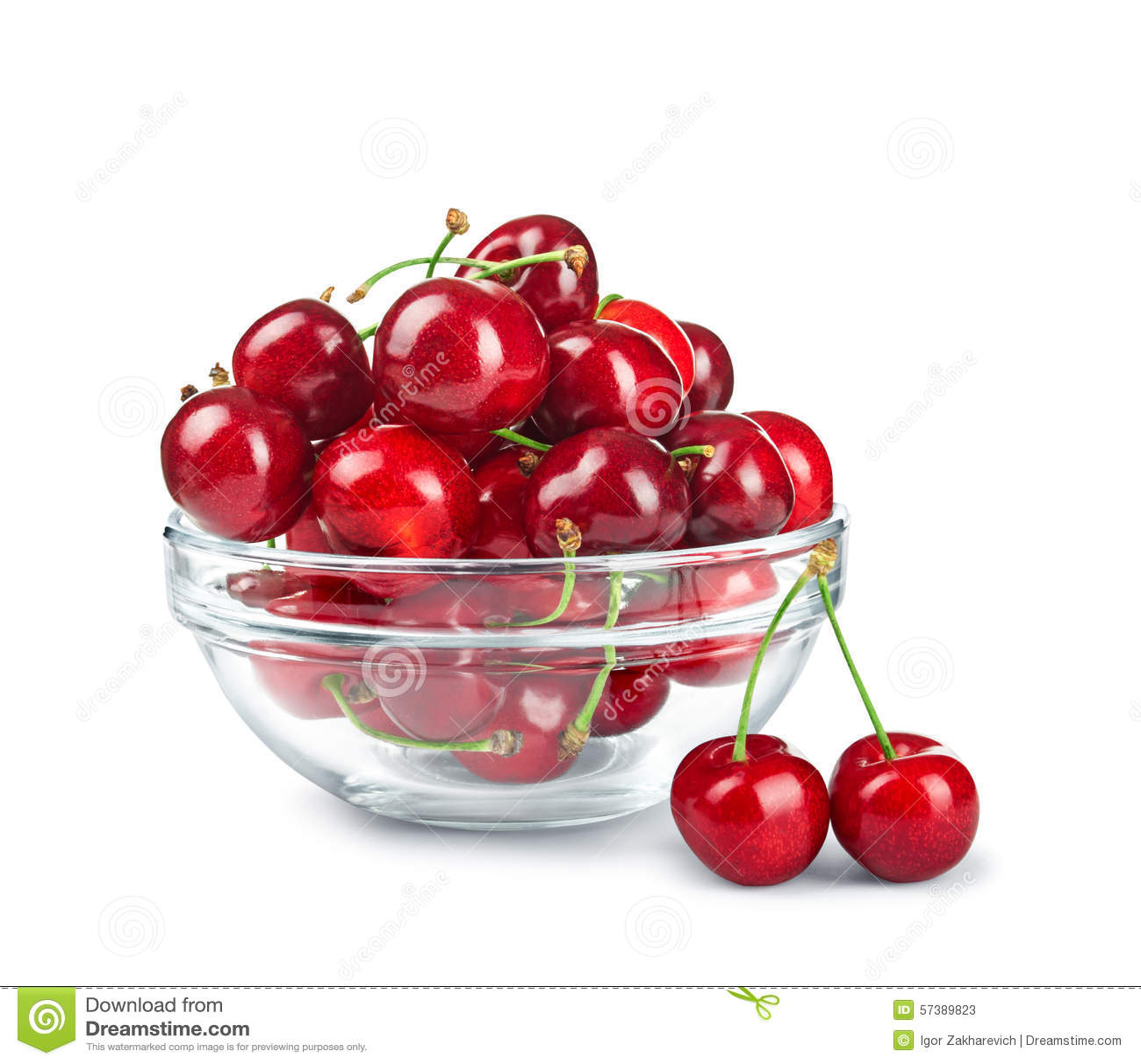 bol en verre avec des cerises image stock image du nourriture vivacit 57389823. Black Bedroom Furniture Sets. Home Design Ideas