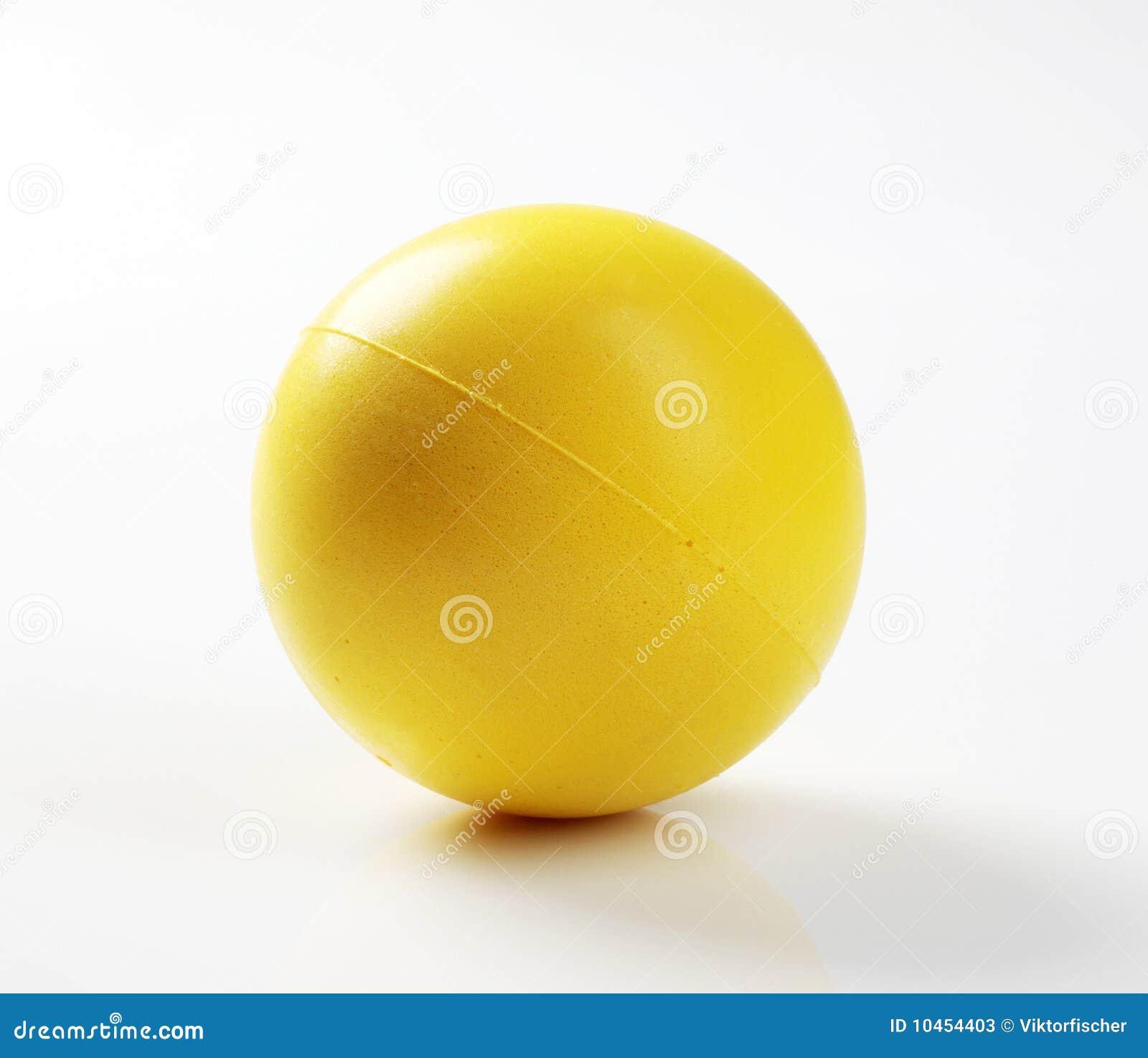 Bola amarilla de la espuma