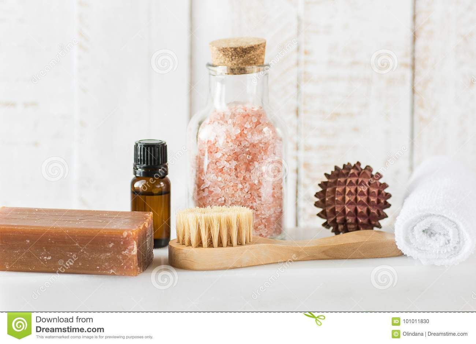 Bola de madera del masaje de carbón del alquitrán del jabón del rosa de la sal del aceite esencial de la toalla de la sandalia Hi