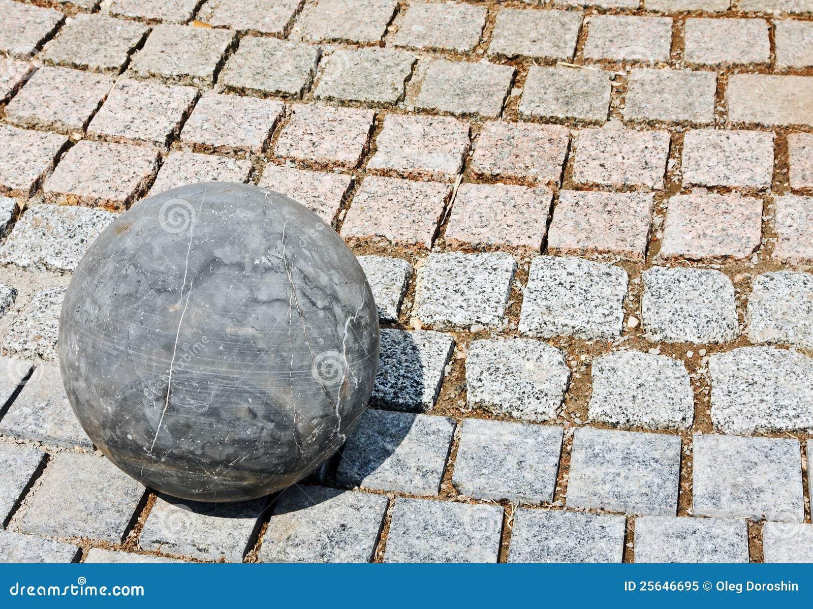 Bola de piedra del granito foto de archivo libre de for Piedra de granito