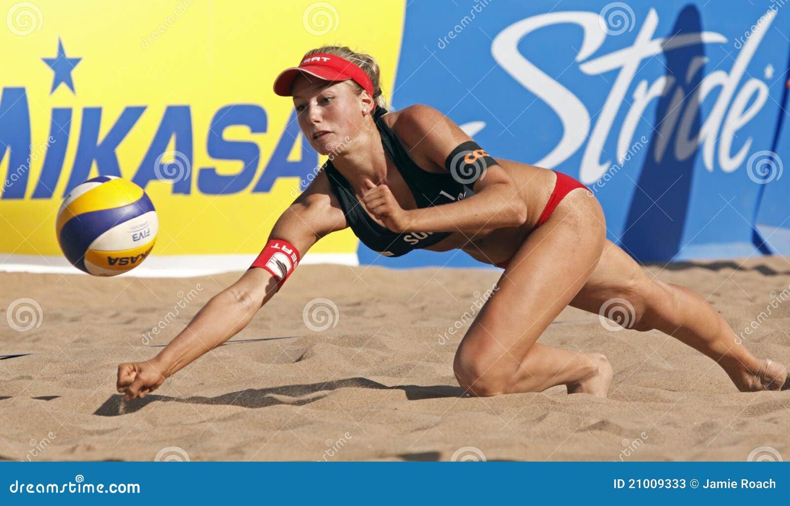 Bola De Suiza Del Voleibol De La Playa Foto de archivo editorial ...