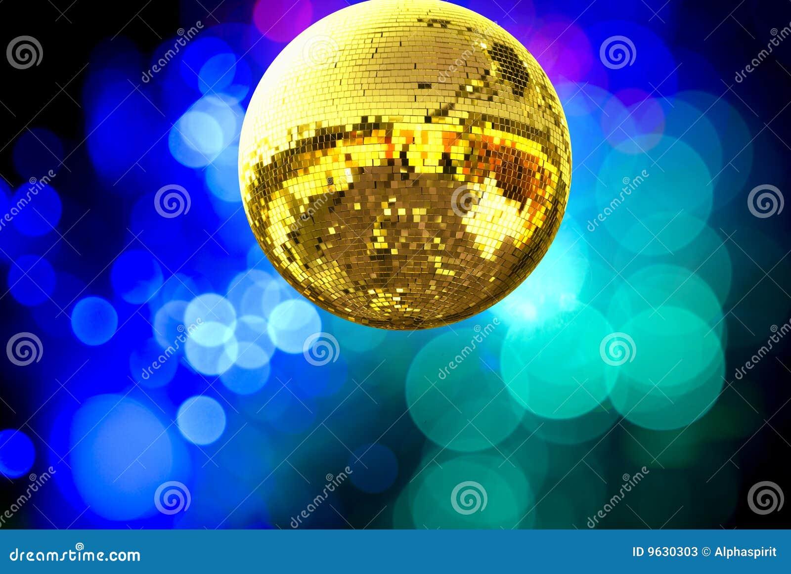 Bola del disco del oro