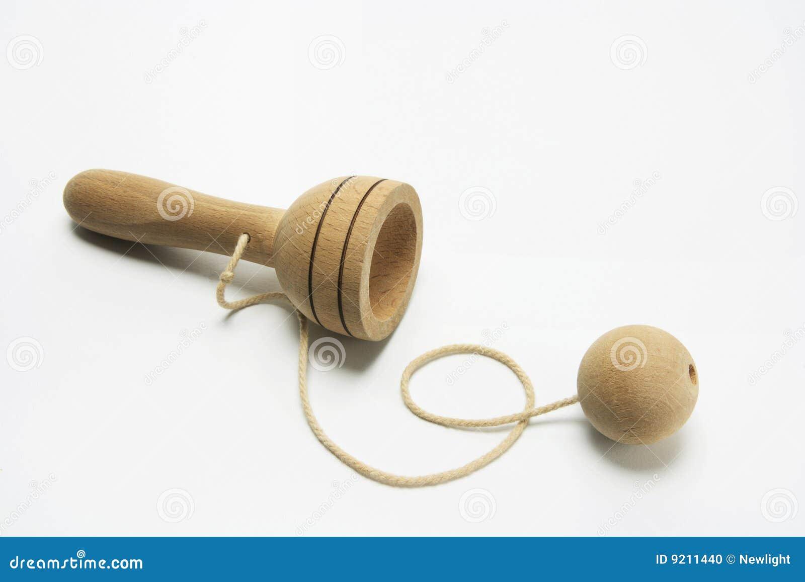 Bola en un juguete de la taza foto de archivo imagen de for Bola juguete