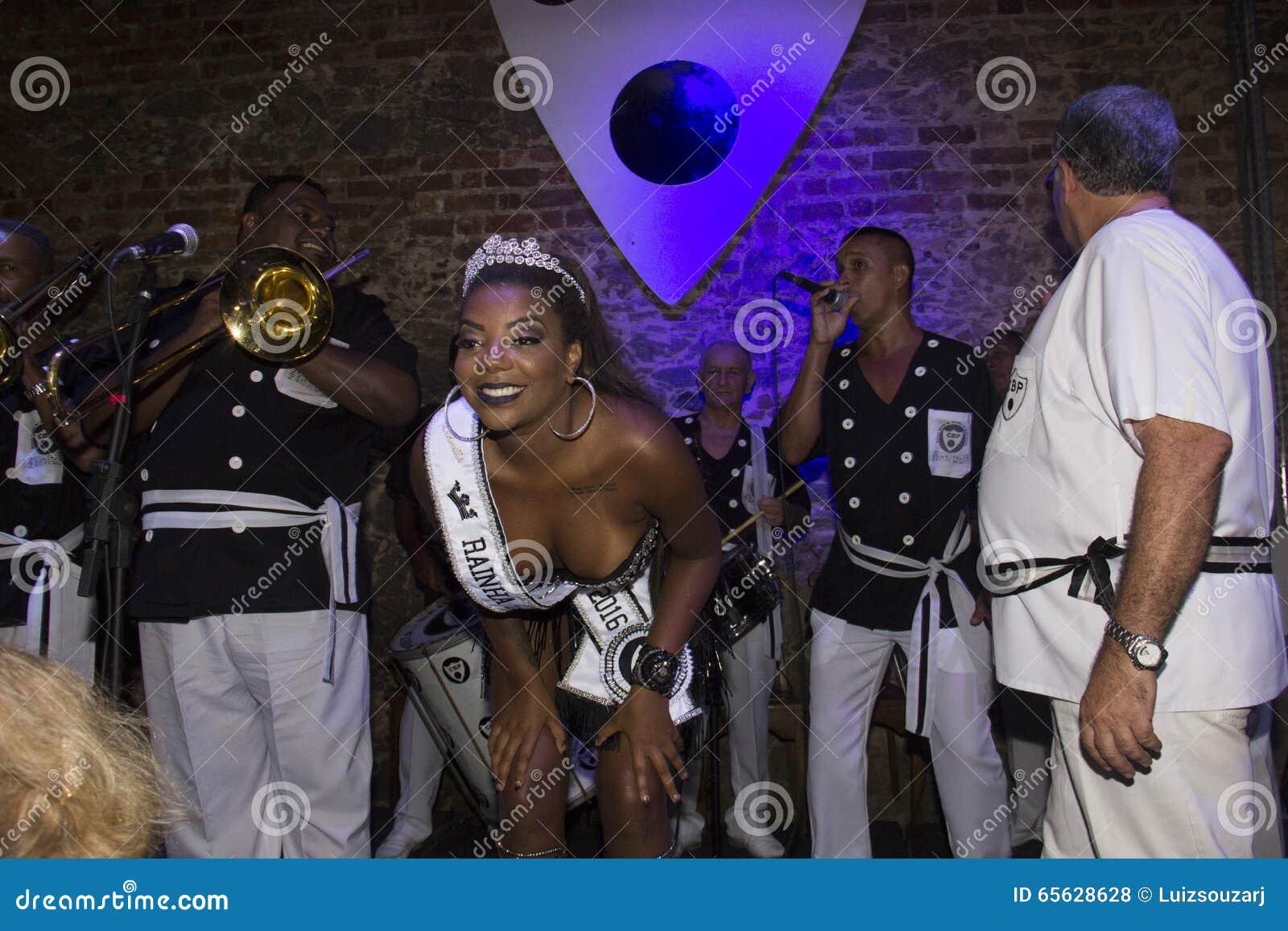 Bola Preta fait le couronnement de la reine 2016 de son carnaval