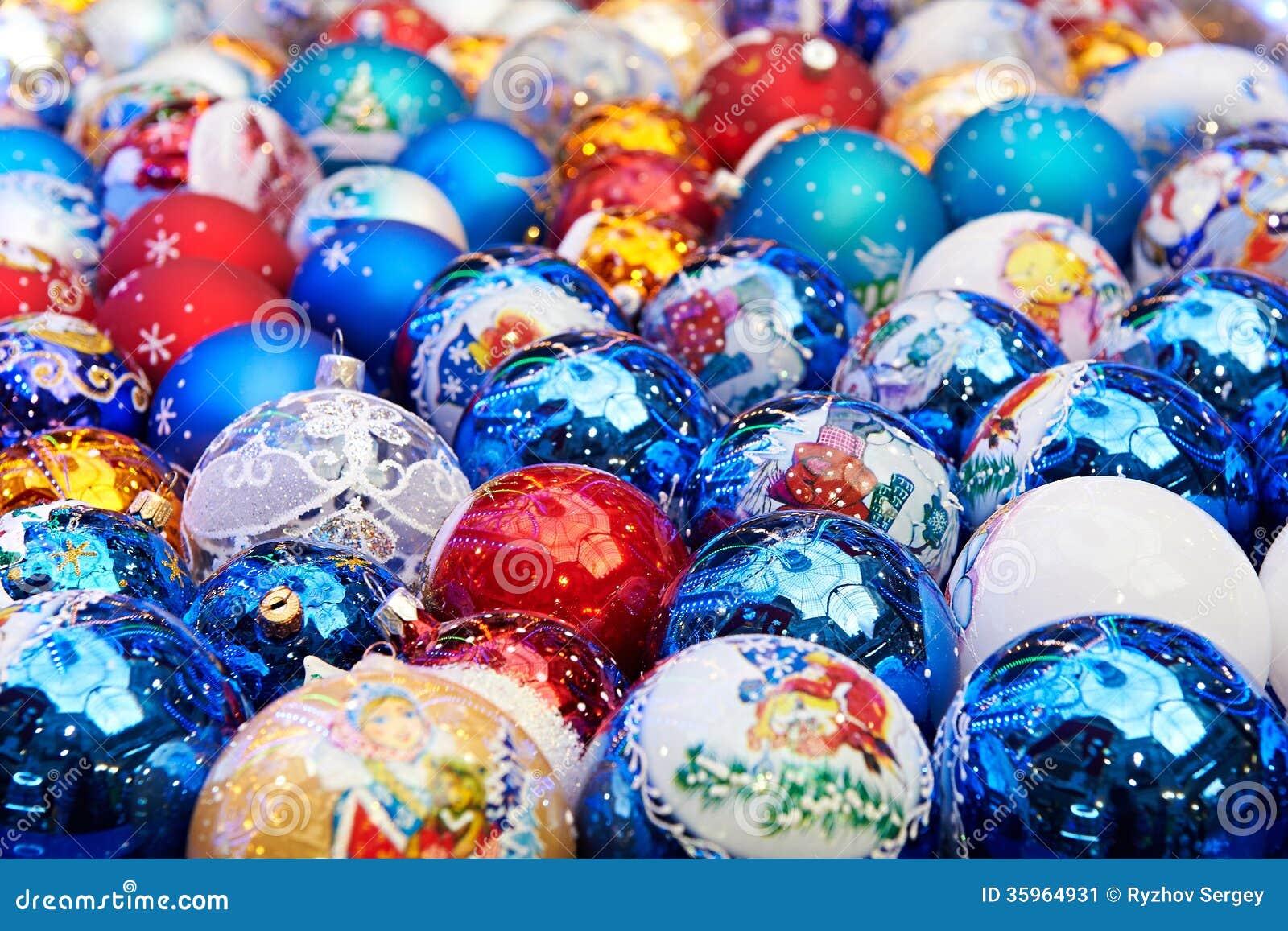 Bolas chispeantes de la Navidad