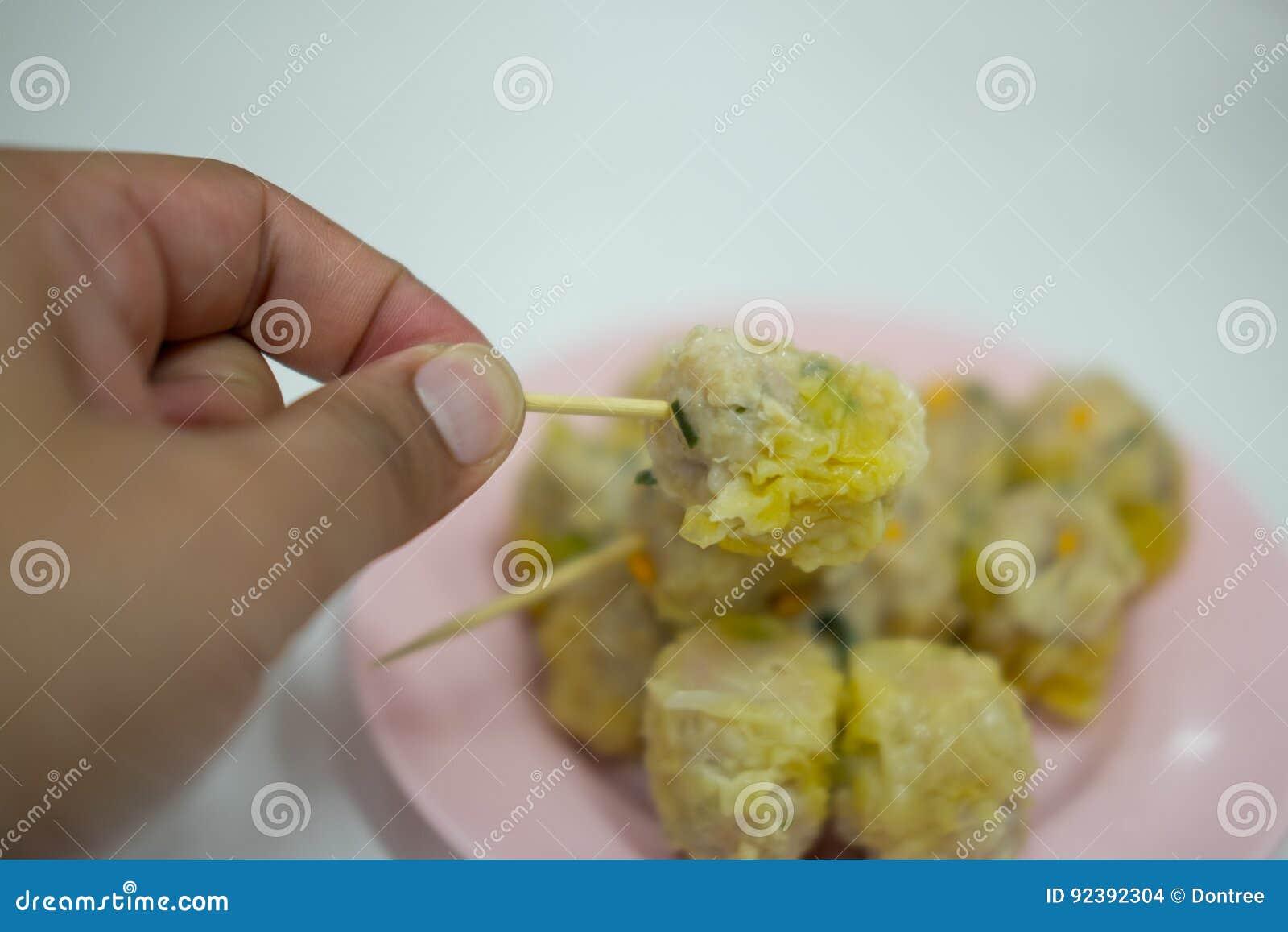 Bolinhas de massa cozinhadas chinês Dim Sum