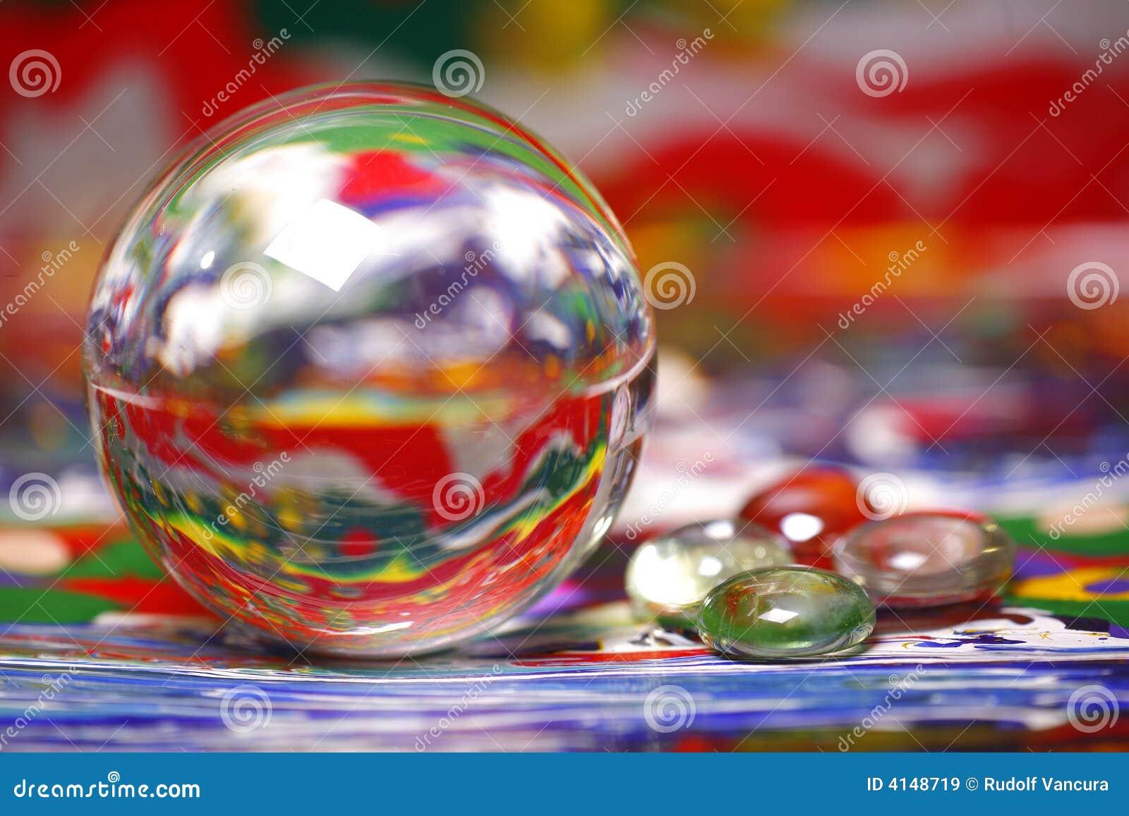 Bollen colors att reflektera för målarfärg