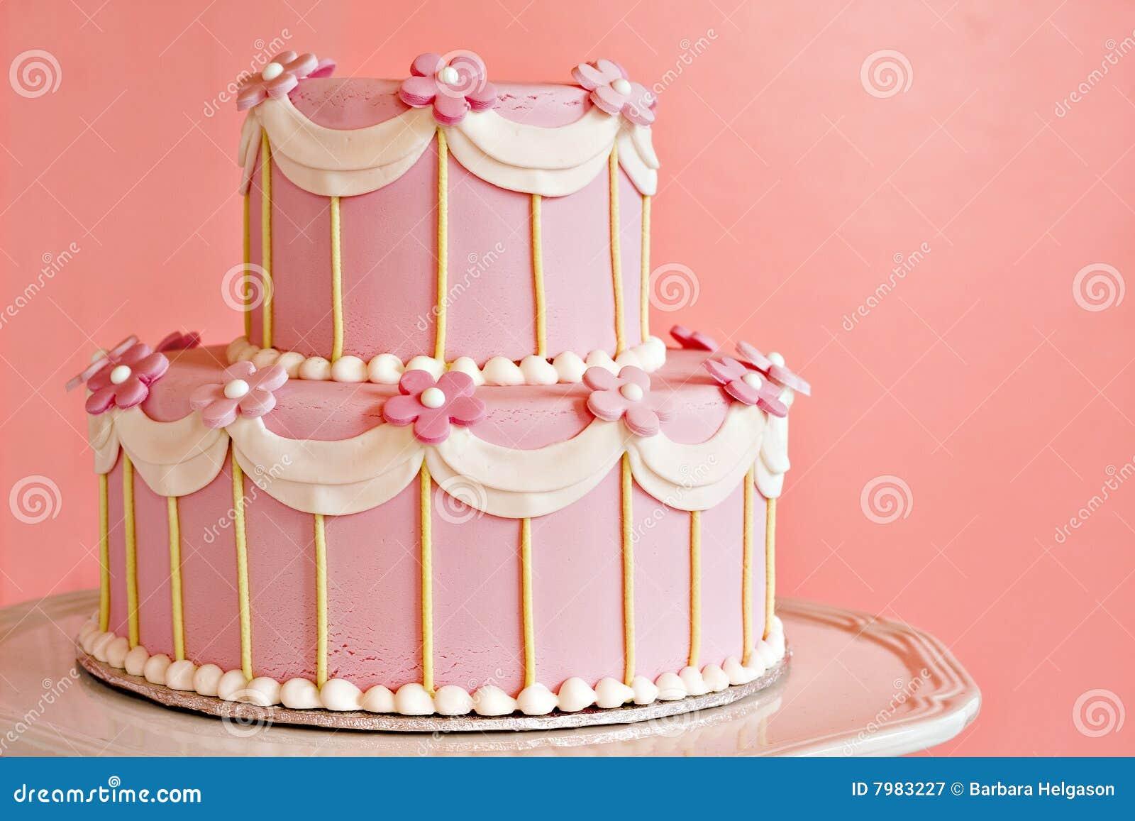 Bolo de casamento cor-de-rosa