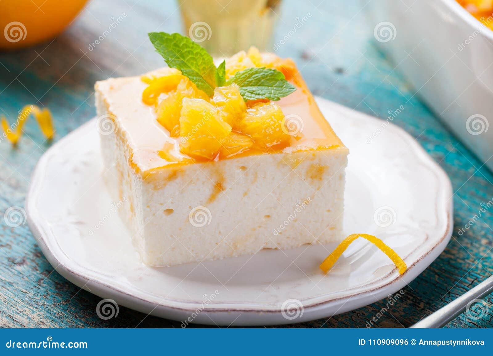 Bolo de queijo, pudim do requeijão