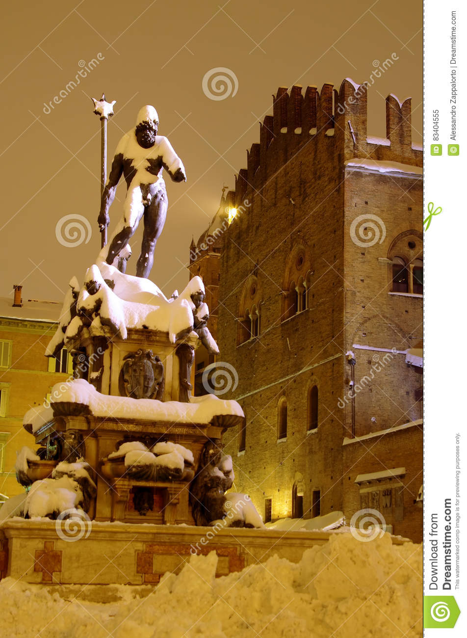 Bologna main square and Neptune fountain after the heavy snowfall of 2012
