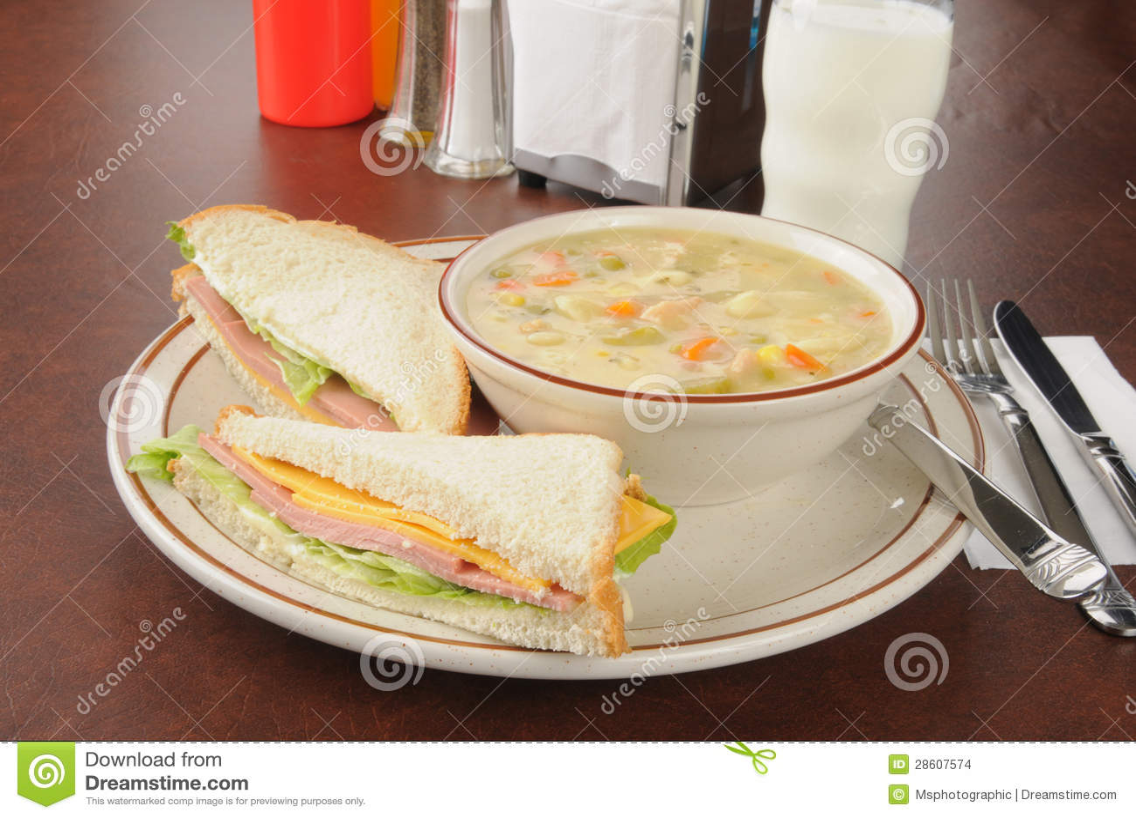 rilievi fonometrici bologna sandwich - photo#24