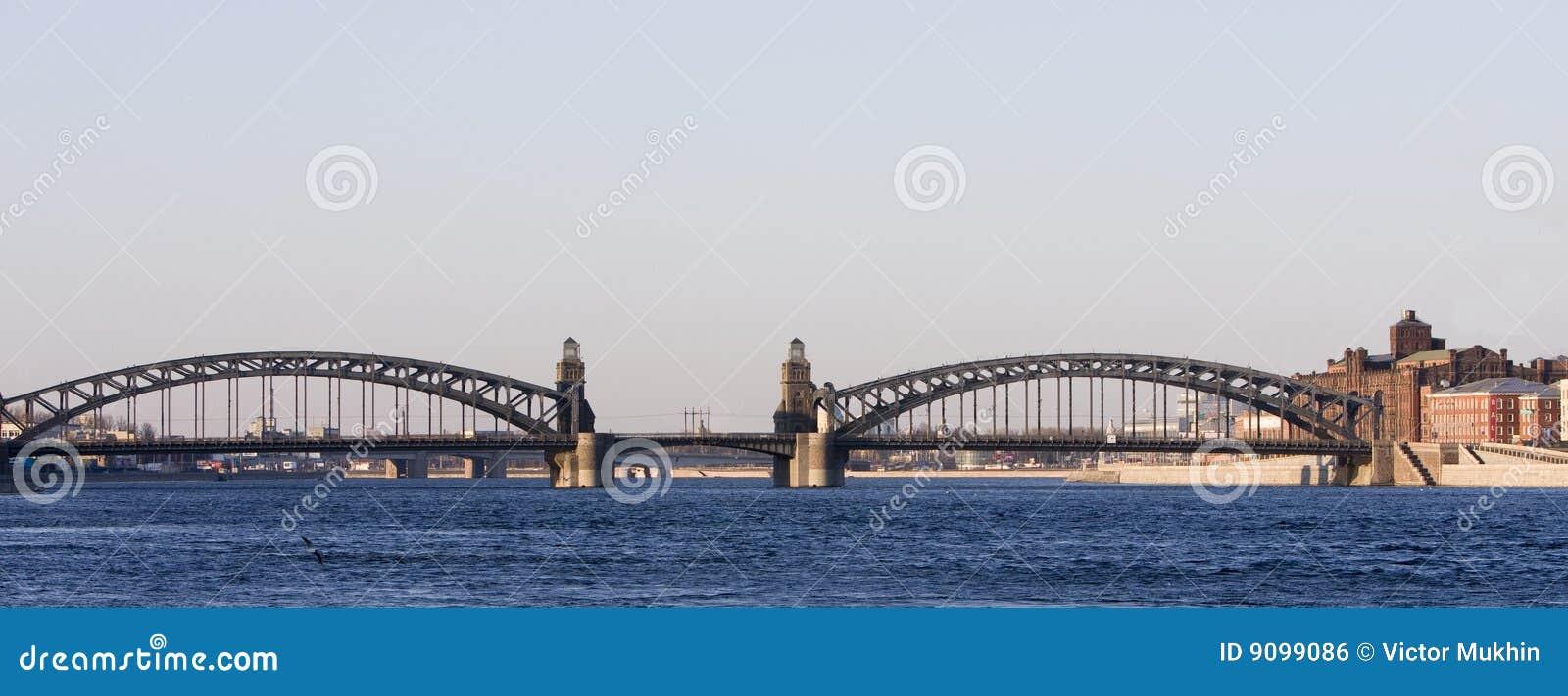 Bolsheohtinsky Brücke